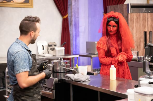 Halloween Baking Championship devil themed episode