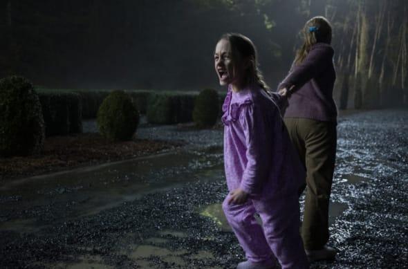 Best Netflix shows - Haunting season 3 - The Haunting of Bly Manor Best Netflix shows - Netflix shows