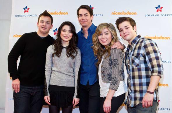 iCarly - Netflix shows - Netflix shows like Friends