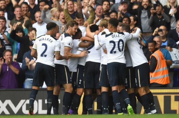 LONDON, ENGLAND - AUGUST 20: Victor Wanyama of Tottenham Hotspur celebrates scoring his sides first goal with his team mates during the Premier League match between Tottenham Hotspur and Crystal Palace at White Hart Lane on August 20, 2016 in London, England. (Photo by Mike Hewitt/Getty Images)