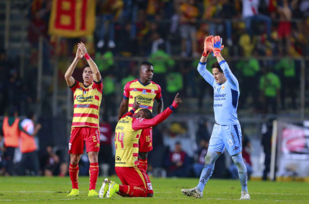 Monarcas beat Aguilas