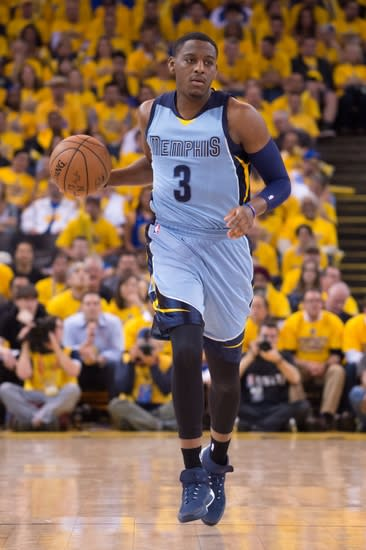 May 13, 2015; Oakland, CA, USA; Memphis Grizzlies guard Jordan Adams (3) dribbles the basketball during the fourth quarter in game five of the second round of the NBA Playoffs against the Golden State Warriors at Oracle Arena. The Warriors defeated the Grizzlies 98-78. Mandatory Credit: Kyle Terada-USA TODAY Sports
