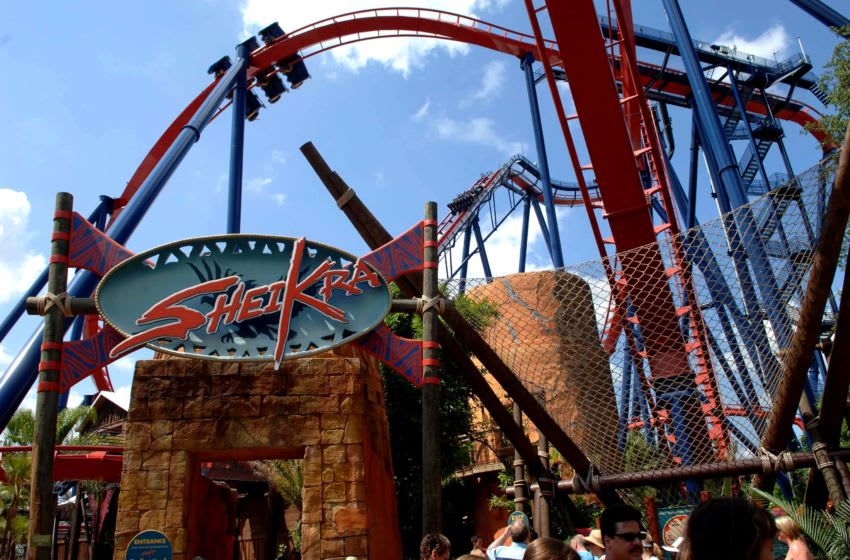 TAMPA , FL - JUNE 23: Sheikra Roller coaster at Busch Gardens amusement park on June 23, 2006 in Tampa, Florida. (Photo by Gustavo Caballero/Getty Images)