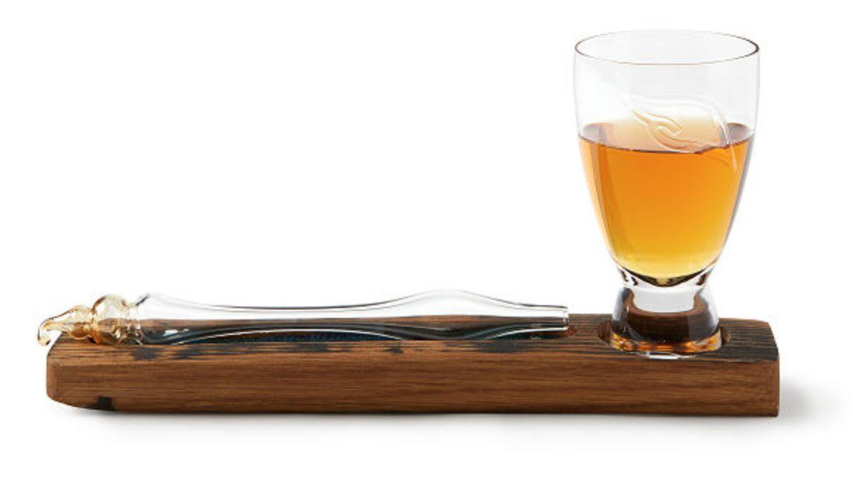 Discover Karen Sommerville, Tom Young, and Team's Scottish Whisky Tasting Set on Uncommon Goods.