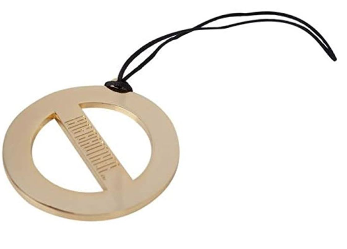 Discover CBS's veto necklace available on Amazon.