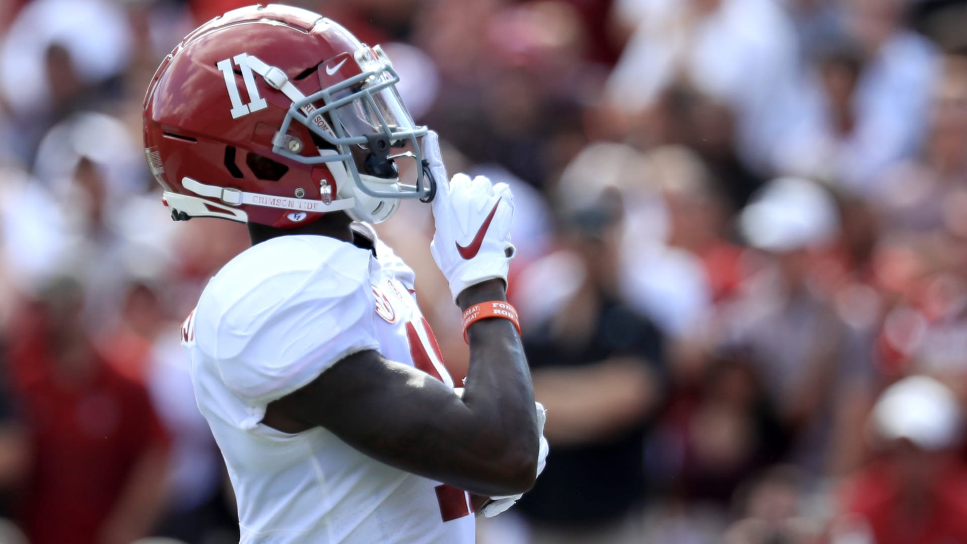 Las Vegas Raiders begin quest for a WR1 at NFL Combine