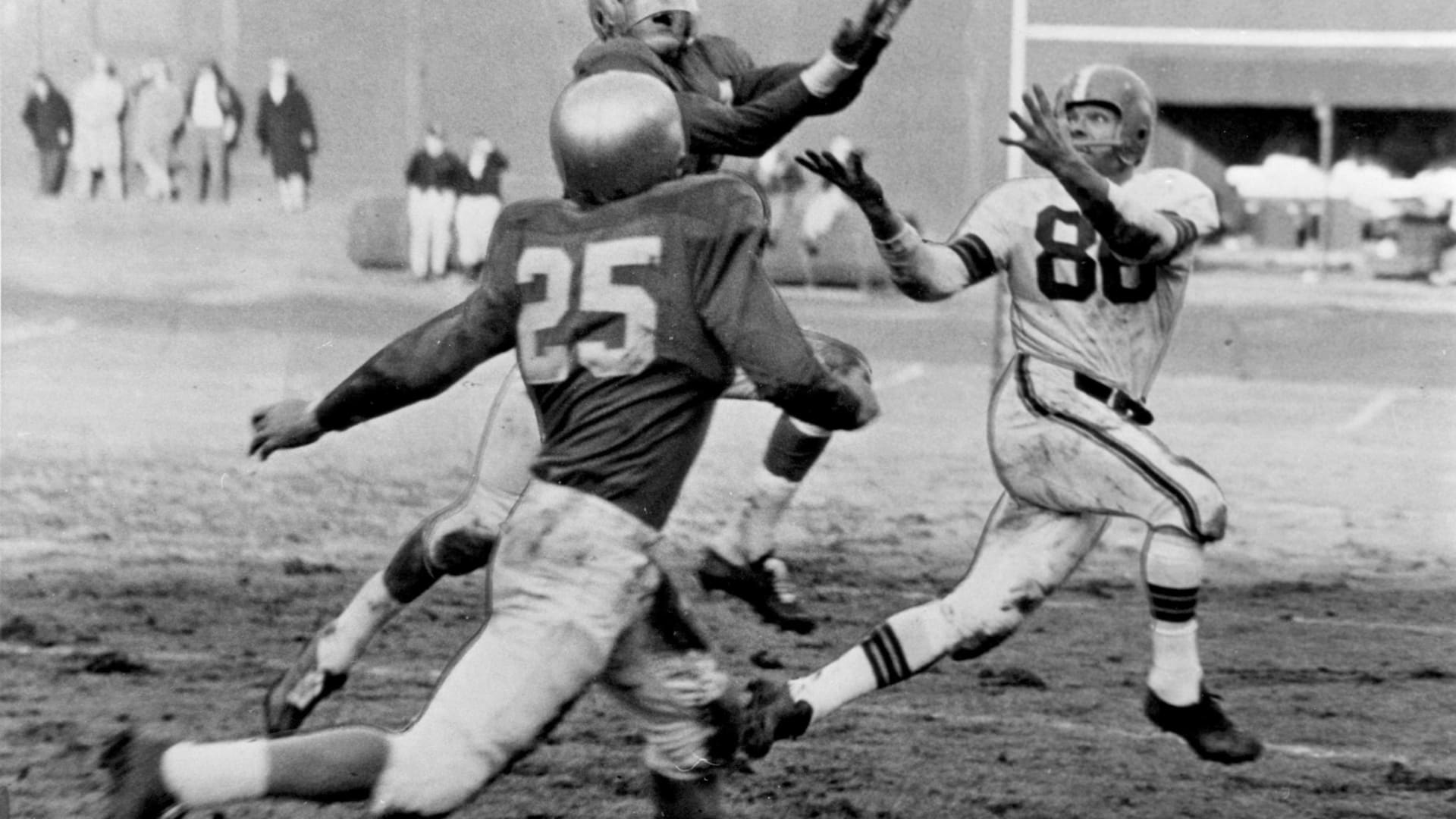Top Five 1950s Cleveland Browns games to watch while social distancing