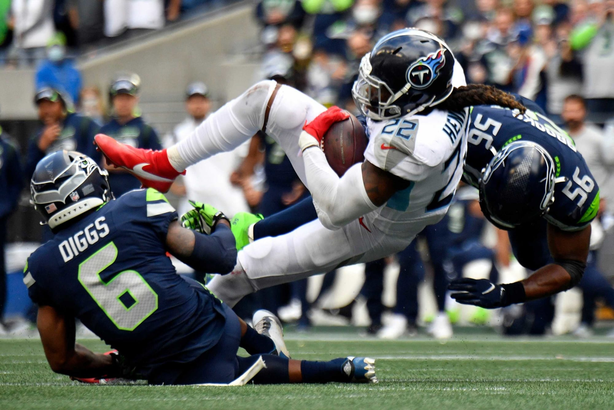 Seahawks get completely outplayed in second half and lose to Titans