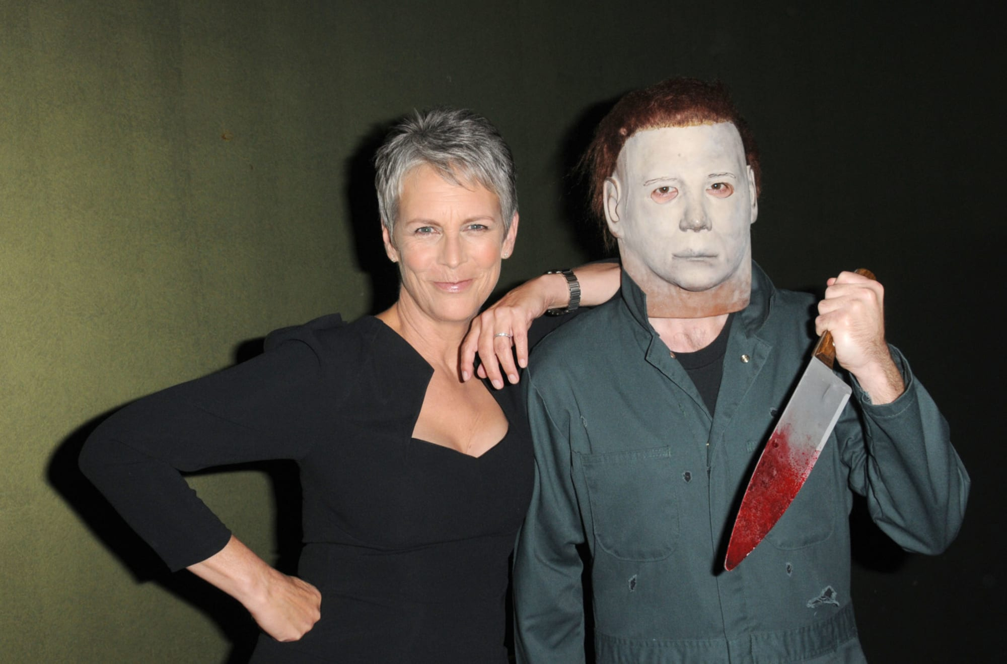 Jamie Lee Curtis and Michael Myers encourage mask wearing