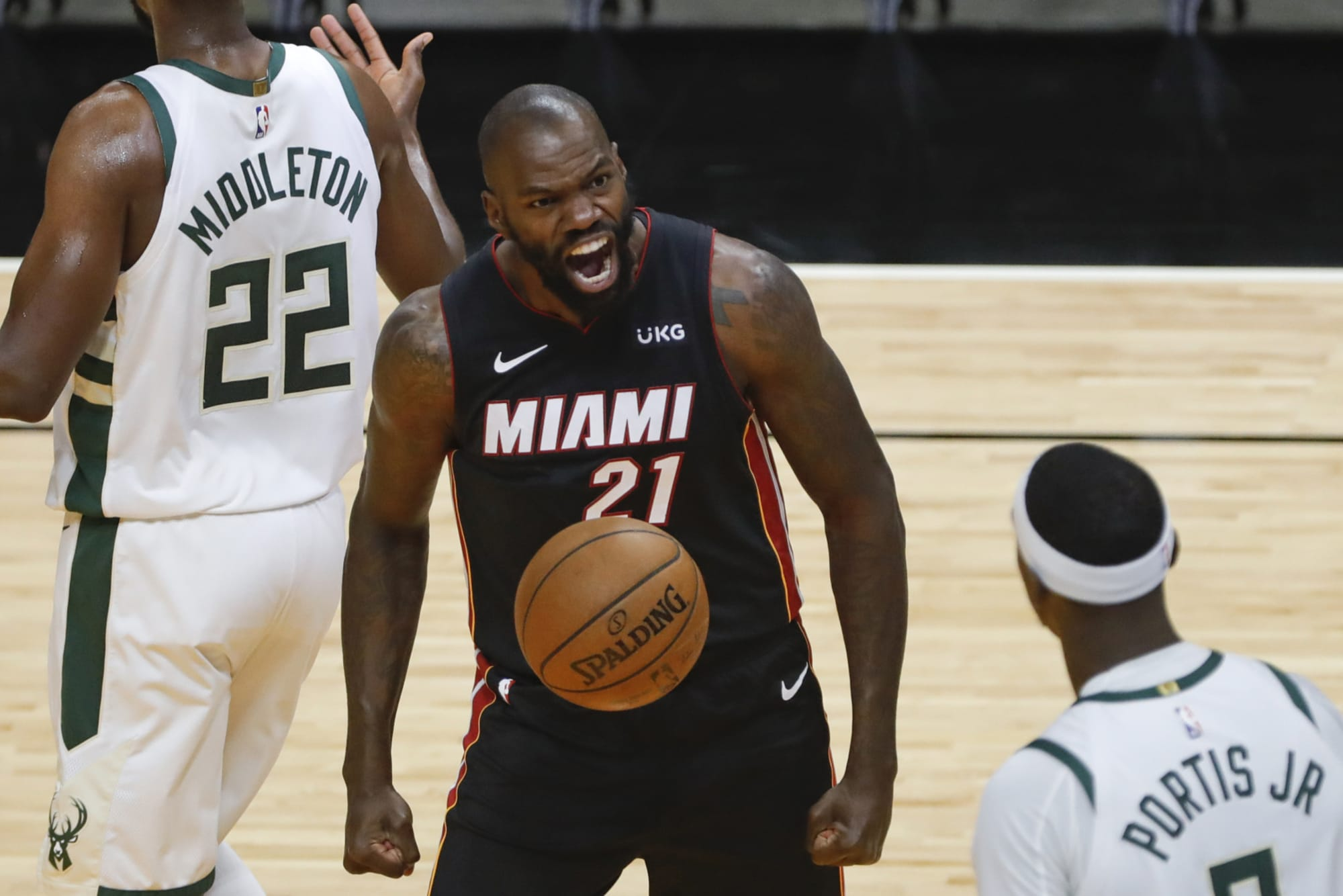 Miami Heat: Need Not Make Jae Crowder Mistake With Dewayne Dedmon