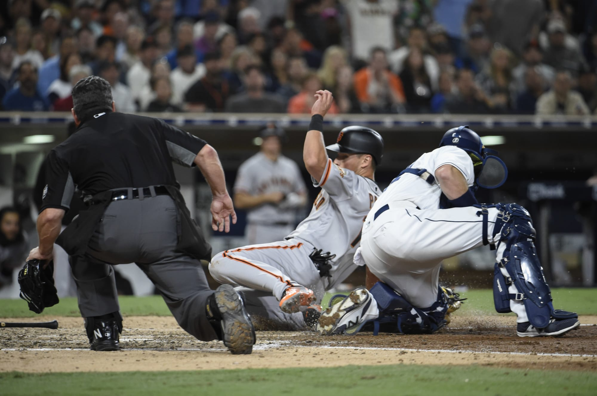 San Francisco Giants Drop Second Straight to Padres Behind Dubious Replay