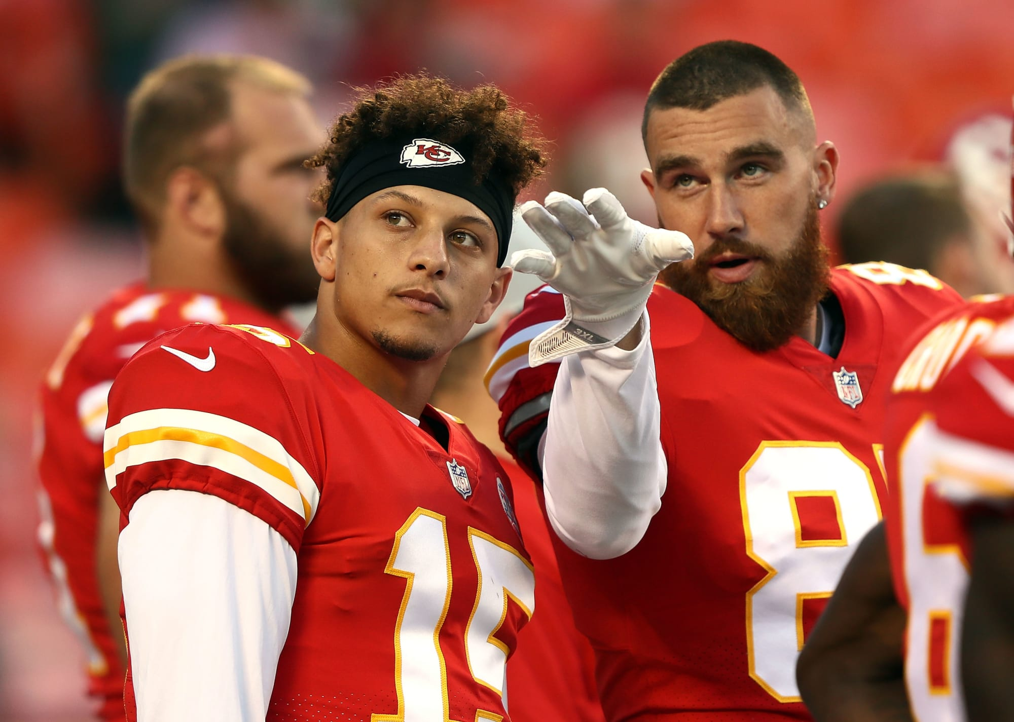 KC Chiefs: Mahomes, Kelce and Hill accept UFC fighter's callout