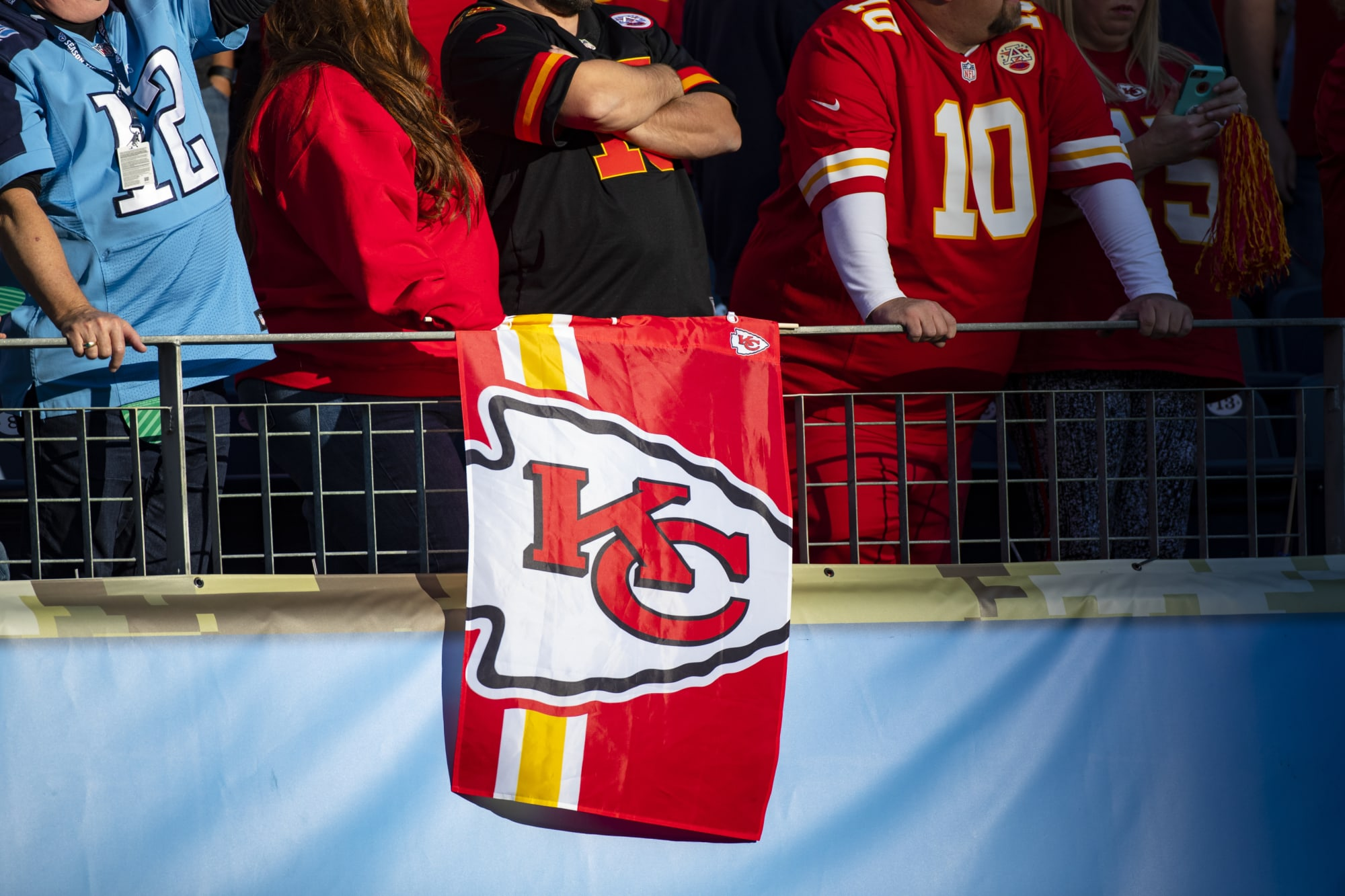 Former Chiefs coach Howard Mudd dies from motorcycle injuries