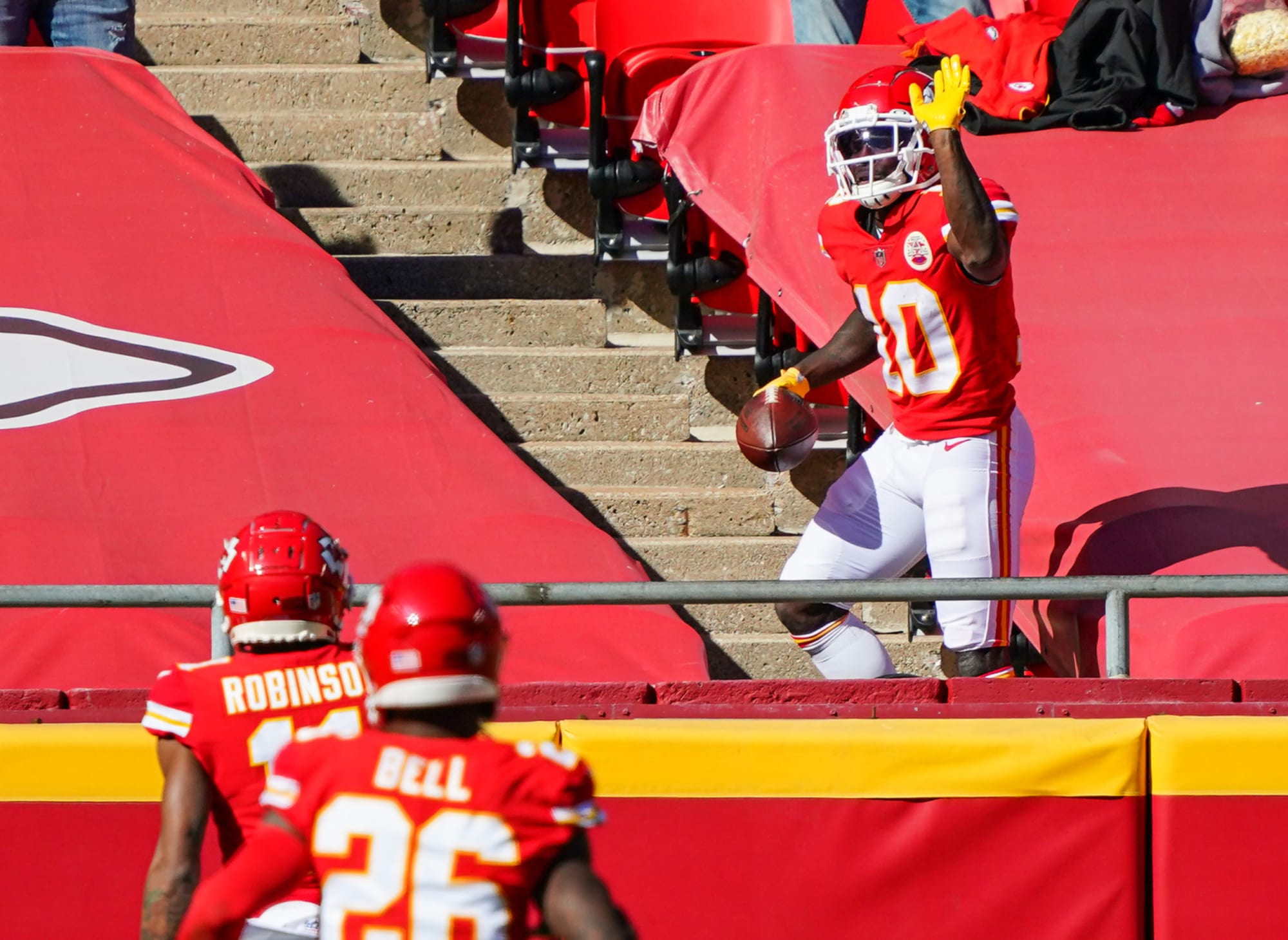 Tyreek Hill is on pace to break Chiefs record for receiving touchdowns