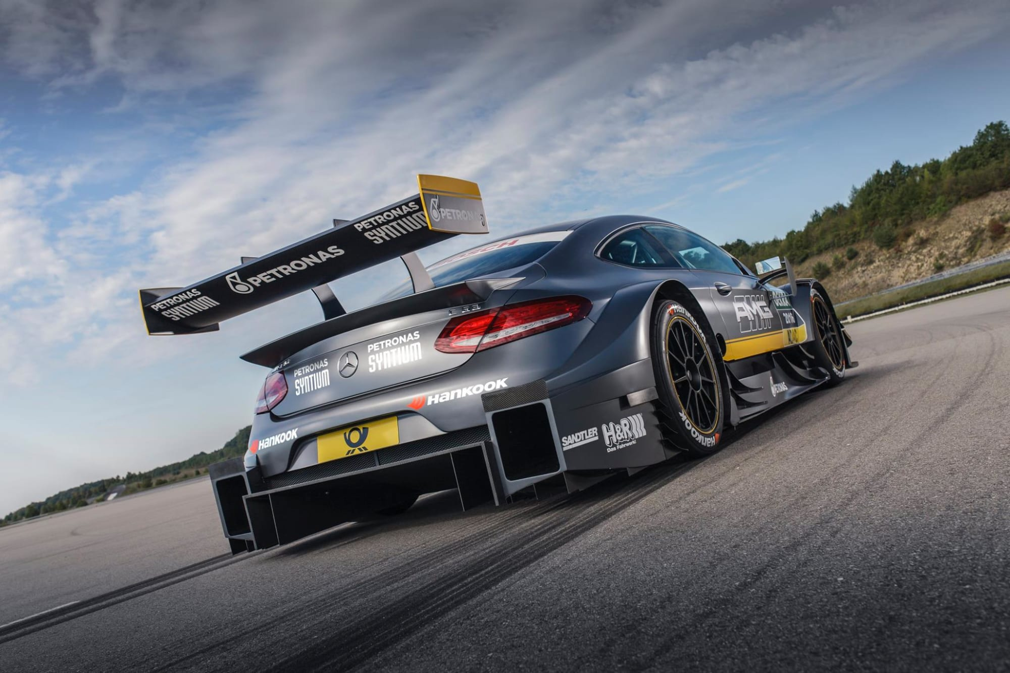 Breaking: This Is The 2016 Mercedes-AMG C63 DTM Race Car ...