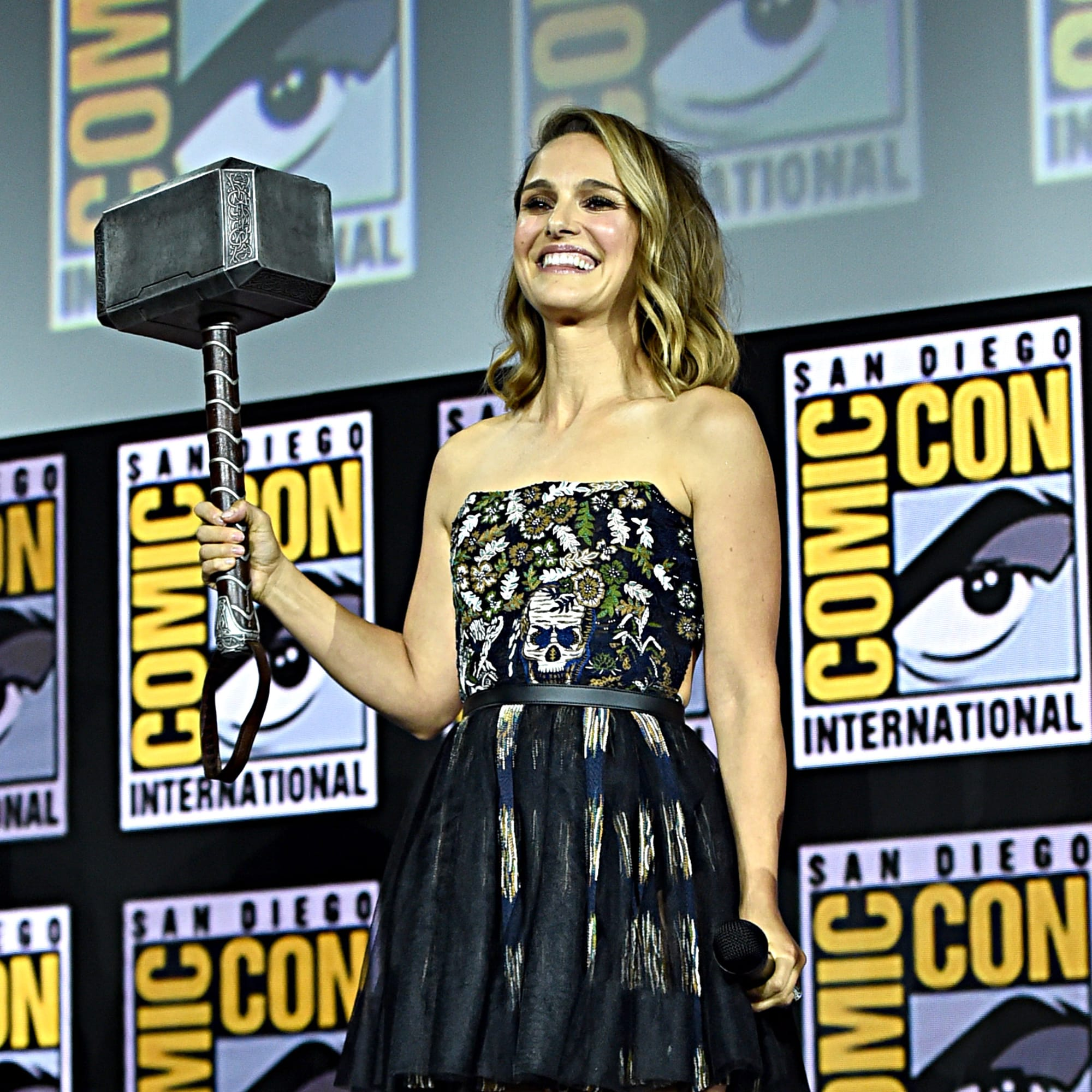 Thor: Natalie Portman's Mighty Thor revealed in incredible new Love and Thunder image