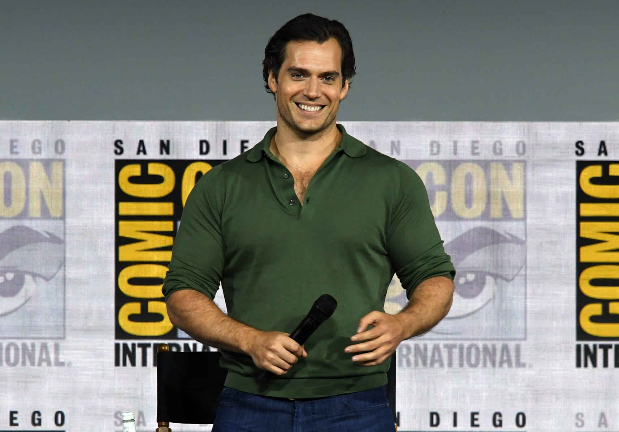 X-Men: Henry Cavill suits up as Cyclops in stunning new image