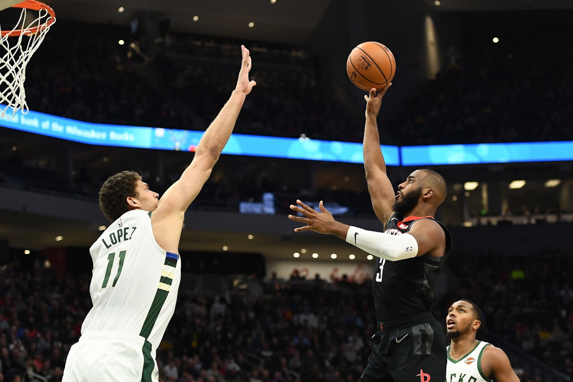 Milwaukee Bucks: Chris Paul trade reportedly unlikely, but why?