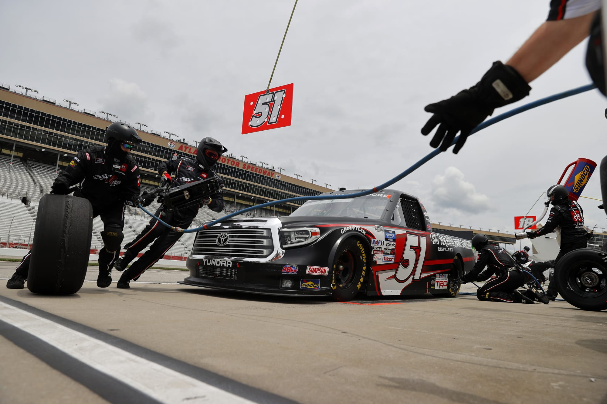 NASCAR: Kyle Busch sees multiple impressive streaks end at Atlanta