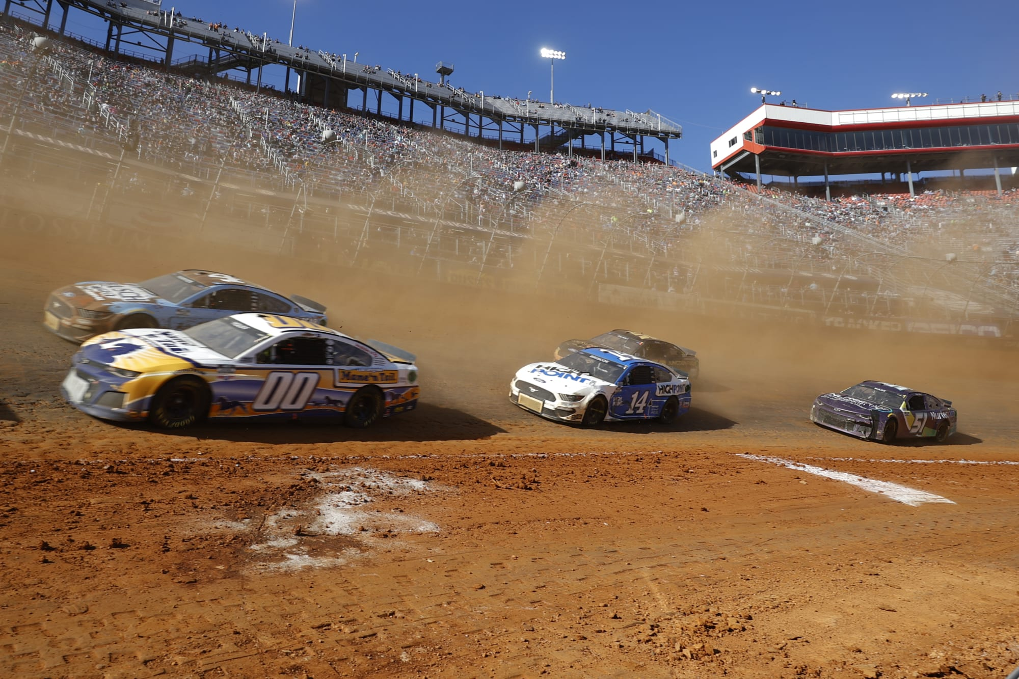 NASCAR Cup Series set to lose two teams in 2022 - Beyond the Flag