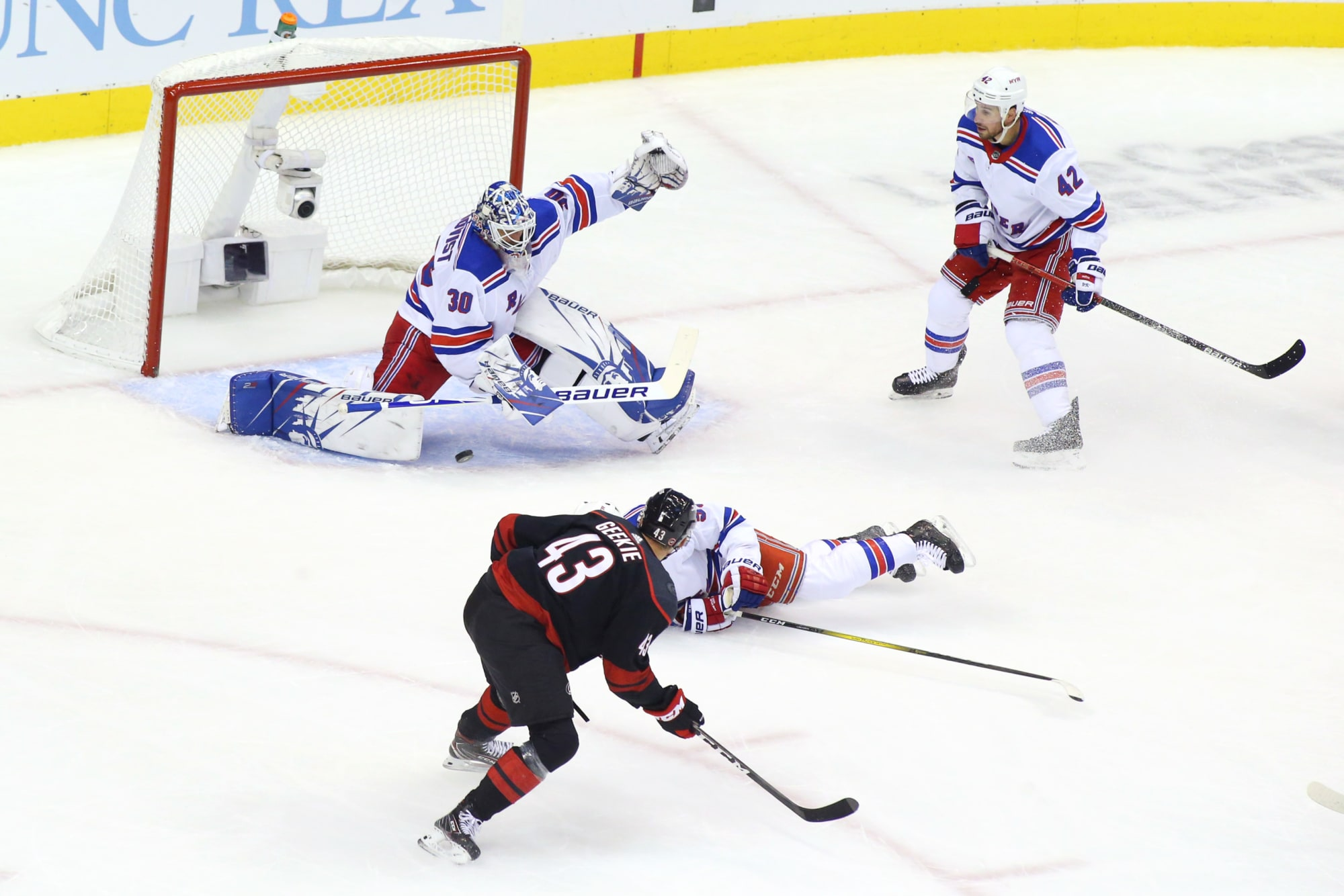 The Game 3 goalie decision is not such an easy call