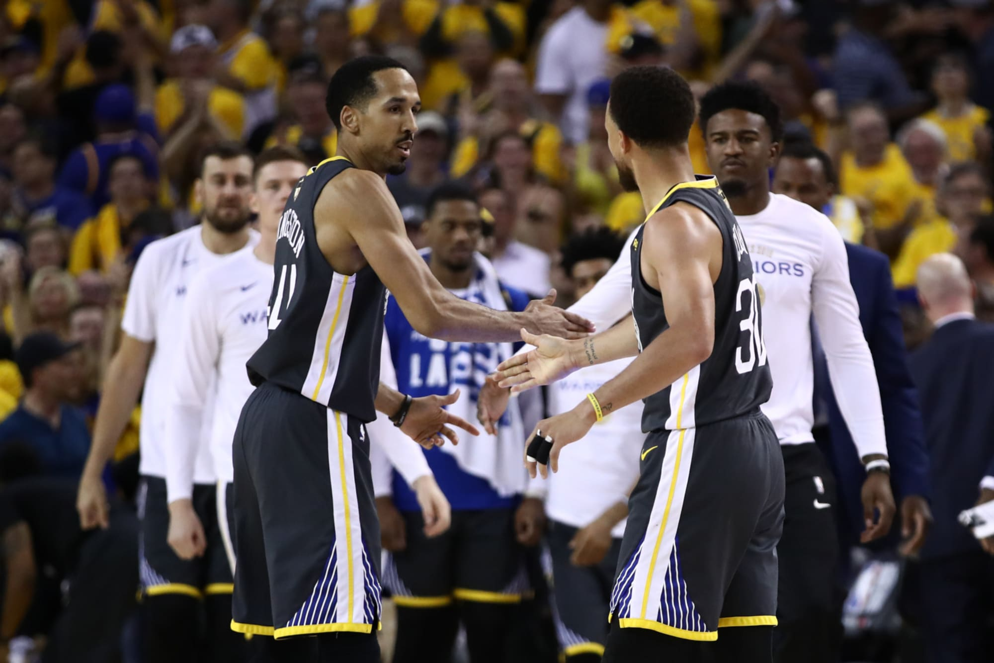 Golden State Warriors add Shaun Livingston, Leandro Barbosa to front office