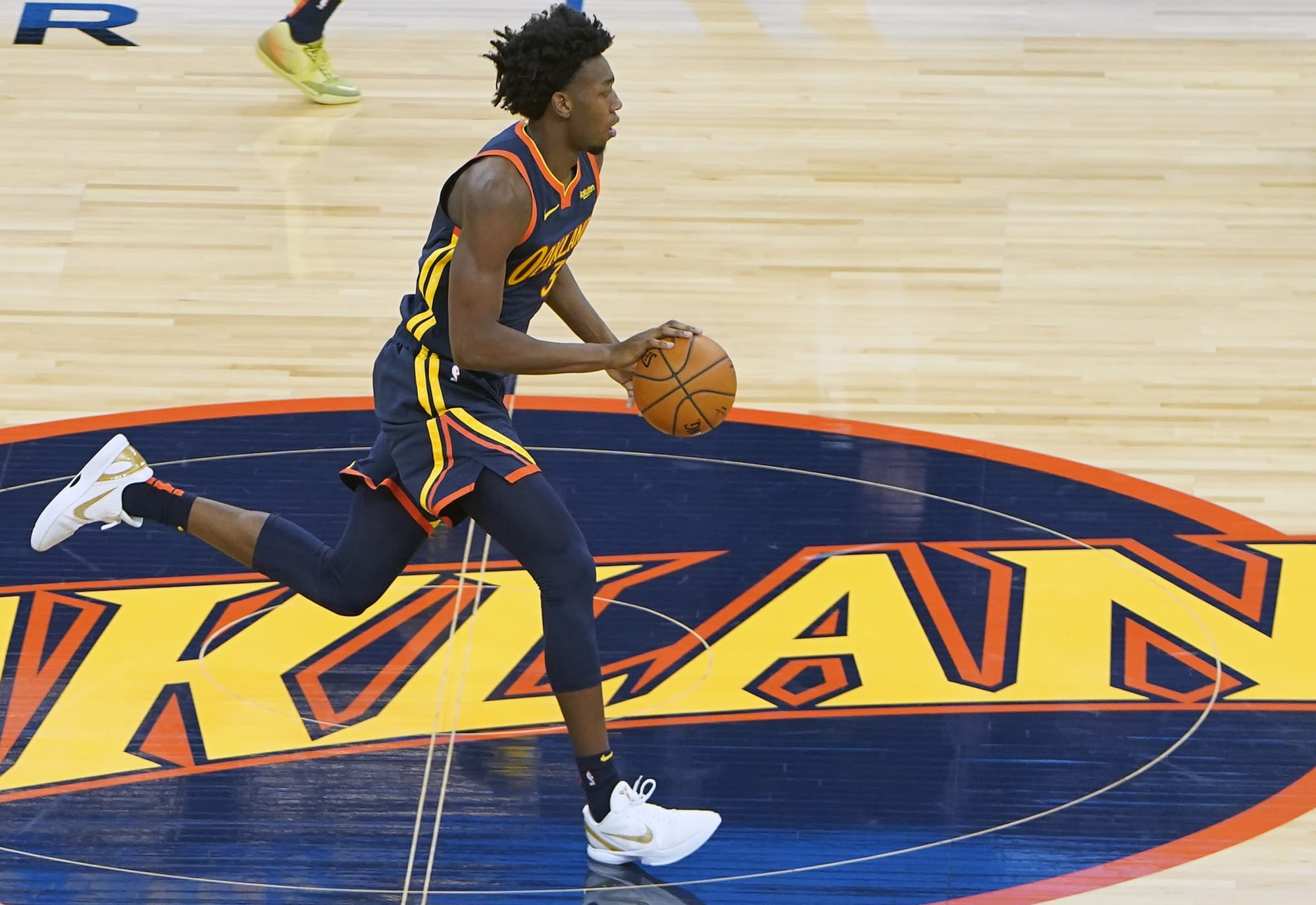 Golden State Warriors: Can James Wiseman become DeAndre Ayton?