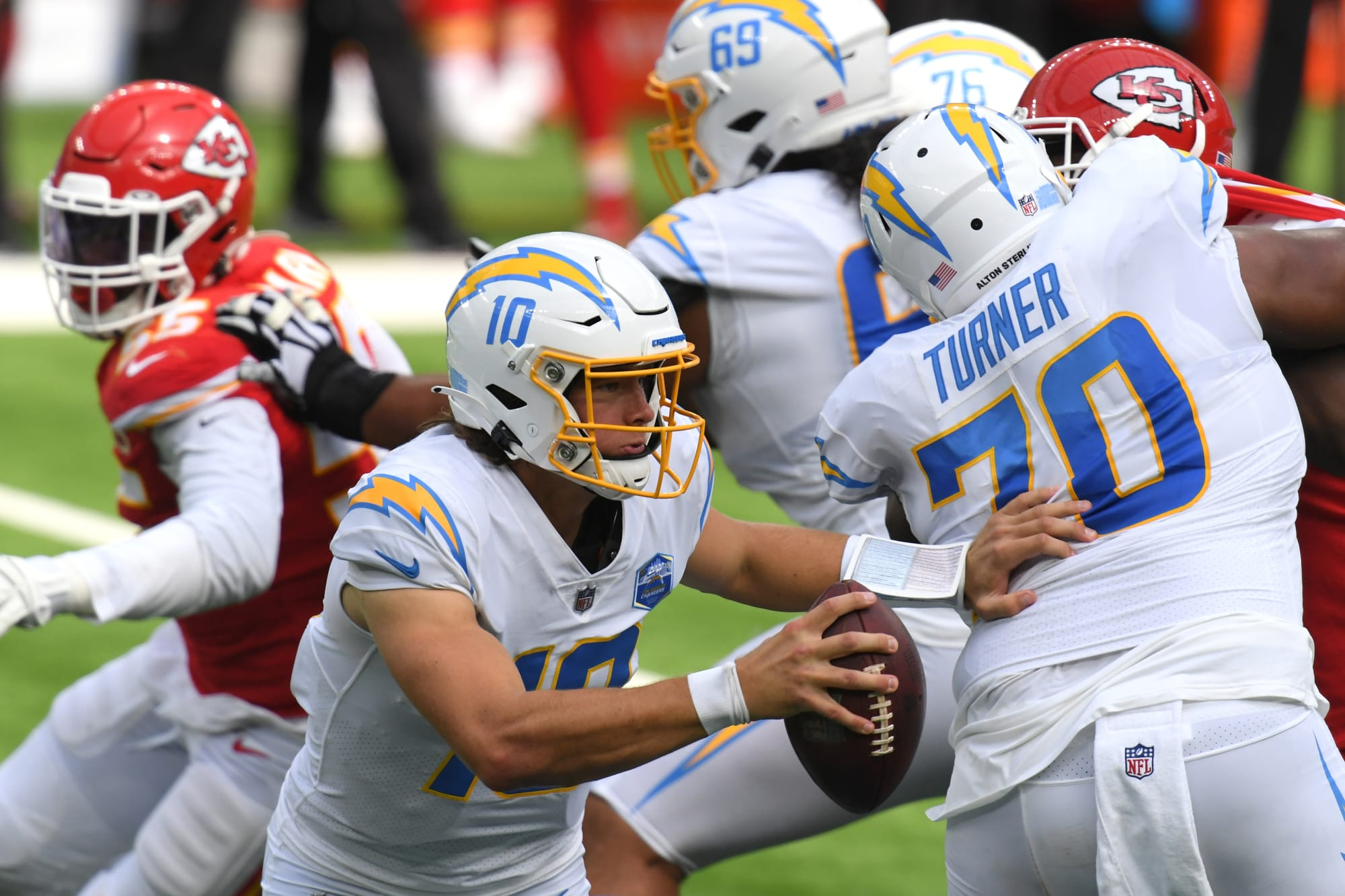 LA Chargers: Team grades in the shocking Justin Herbert Chiefs' game