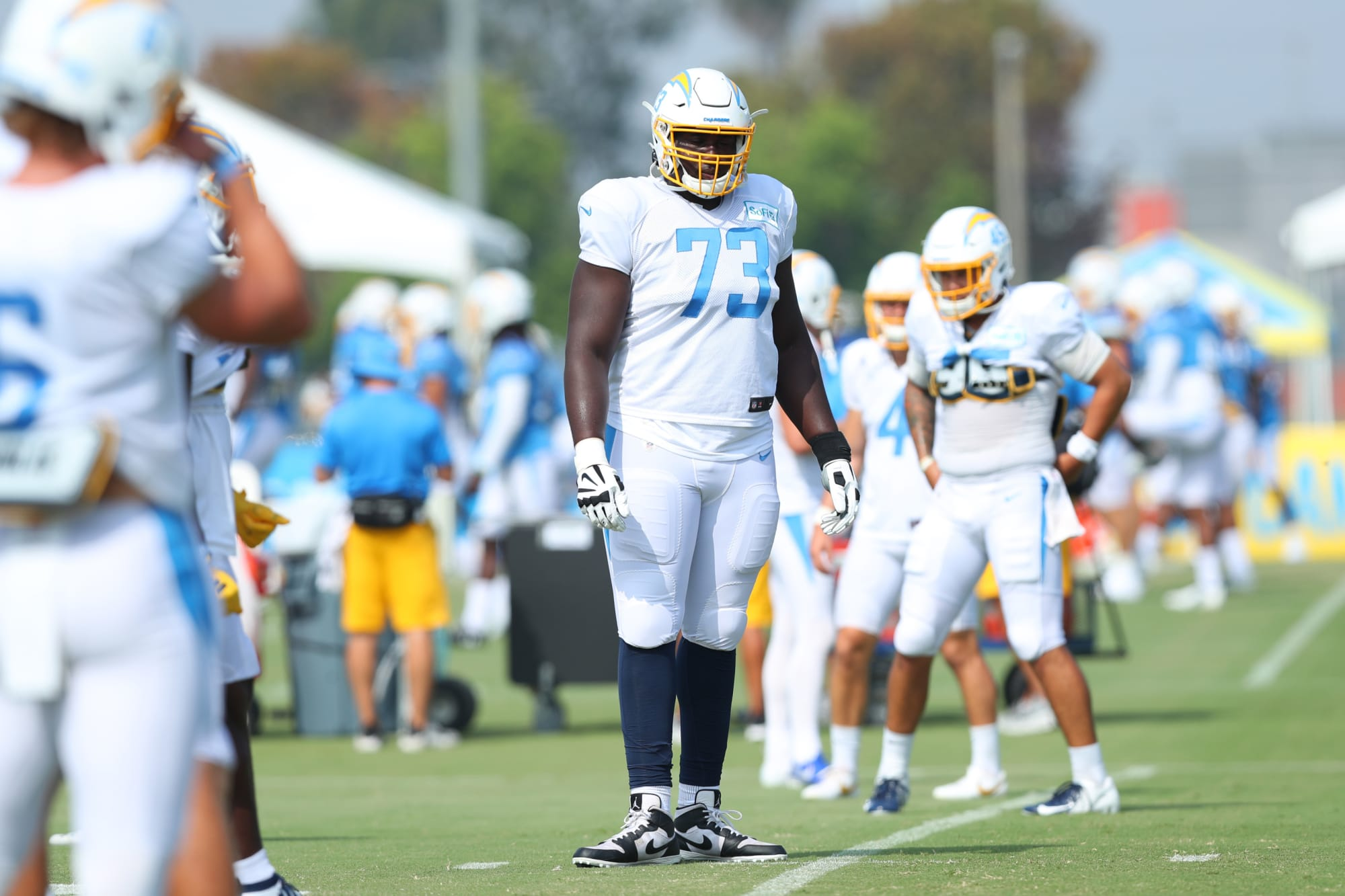LA Chargers: Yes, you should be worried about the offensive line
