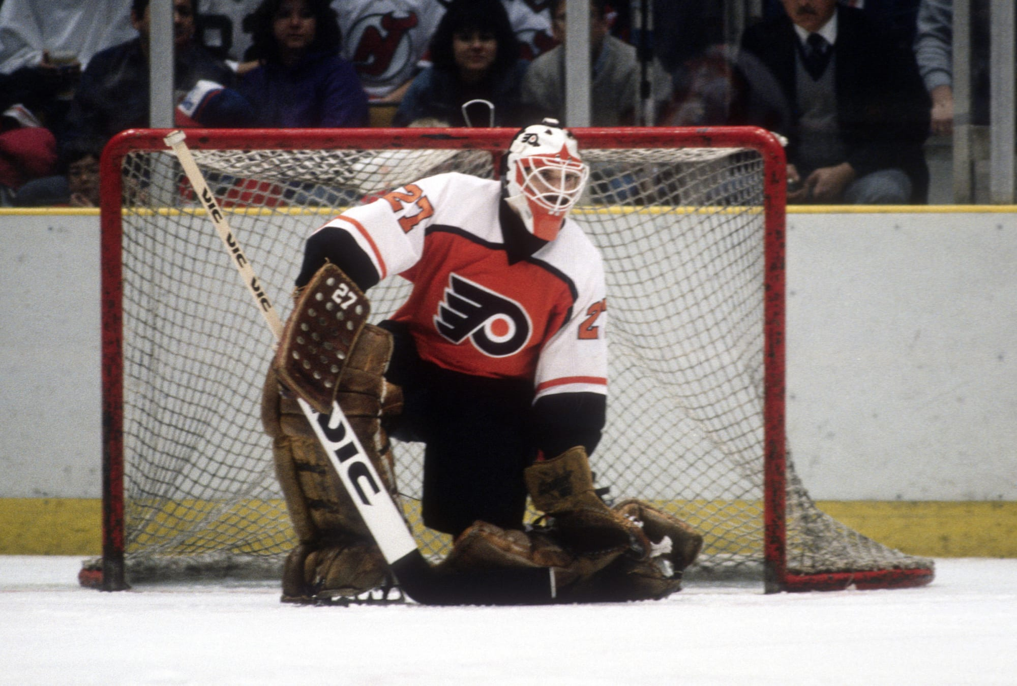 On This Day in Flyers History: Ron Hextall Becomes Second Goalie in Franchise History With 150+ Wins