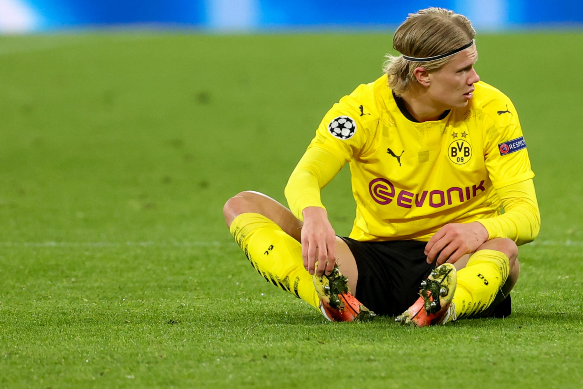 Erling Haaland set to miss Borussia Dortmund's clash against RB Leipzig with muscle injury