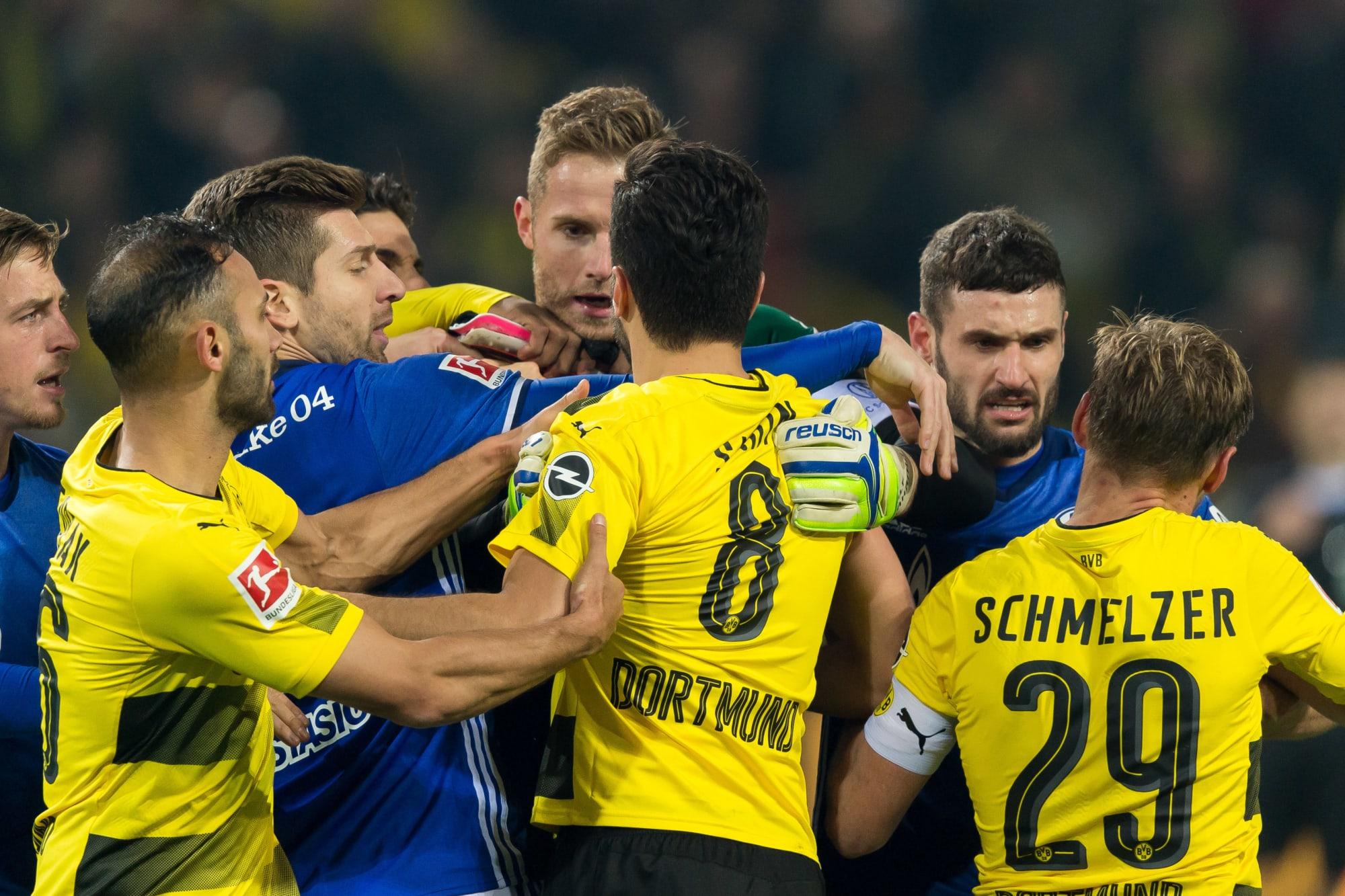 Match Preview: Borussia Dortmund face Schalke 04 in crucial Revierderby