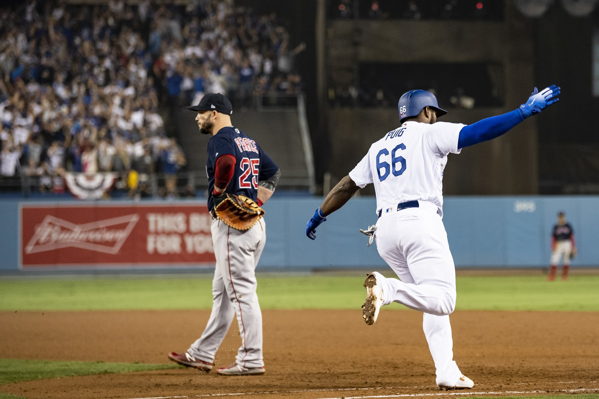 Los Angeles Dodgers: Time for Yasiel Puig to look overseas