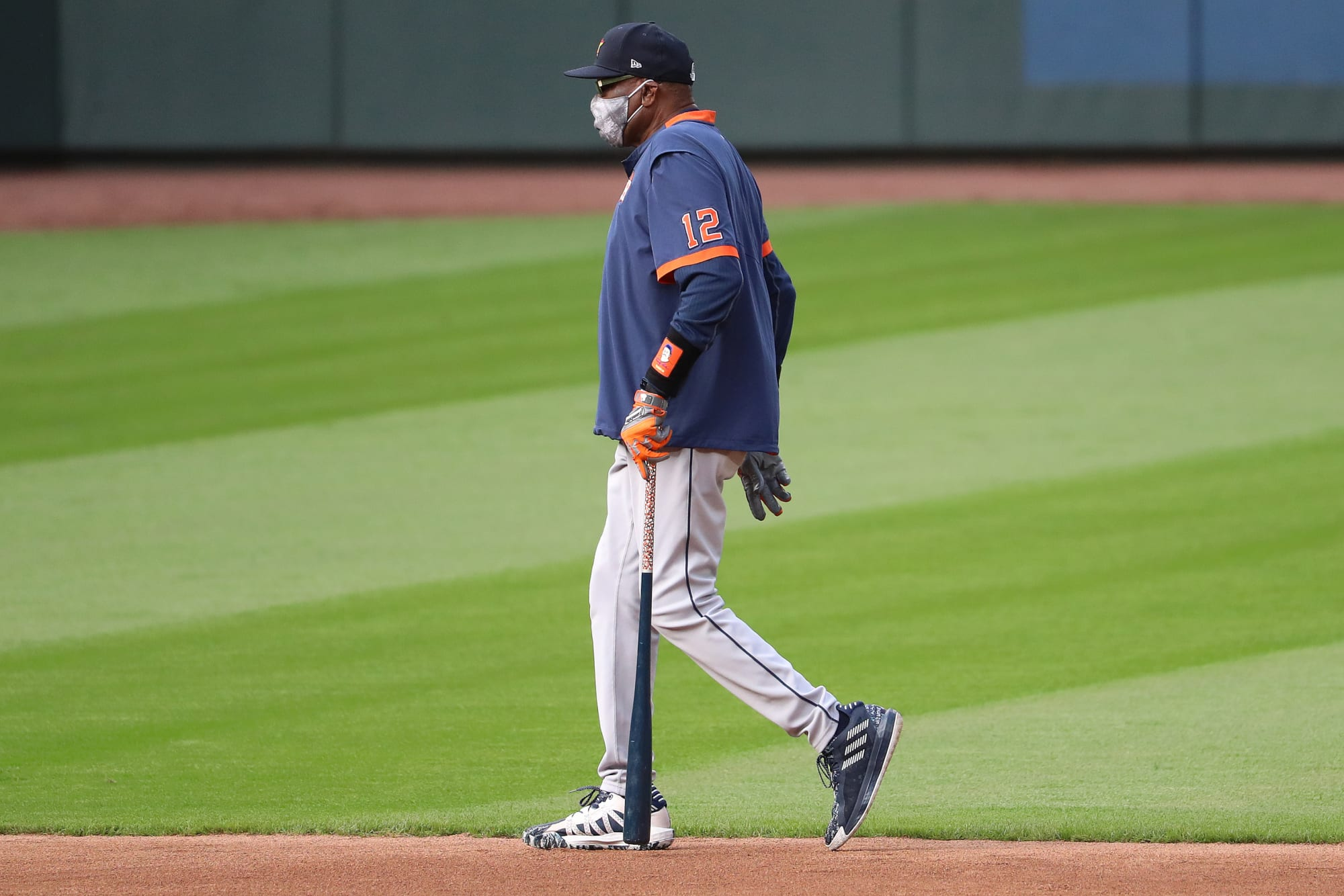 Houston Astros: Dusty Baker makes history with playoff berth