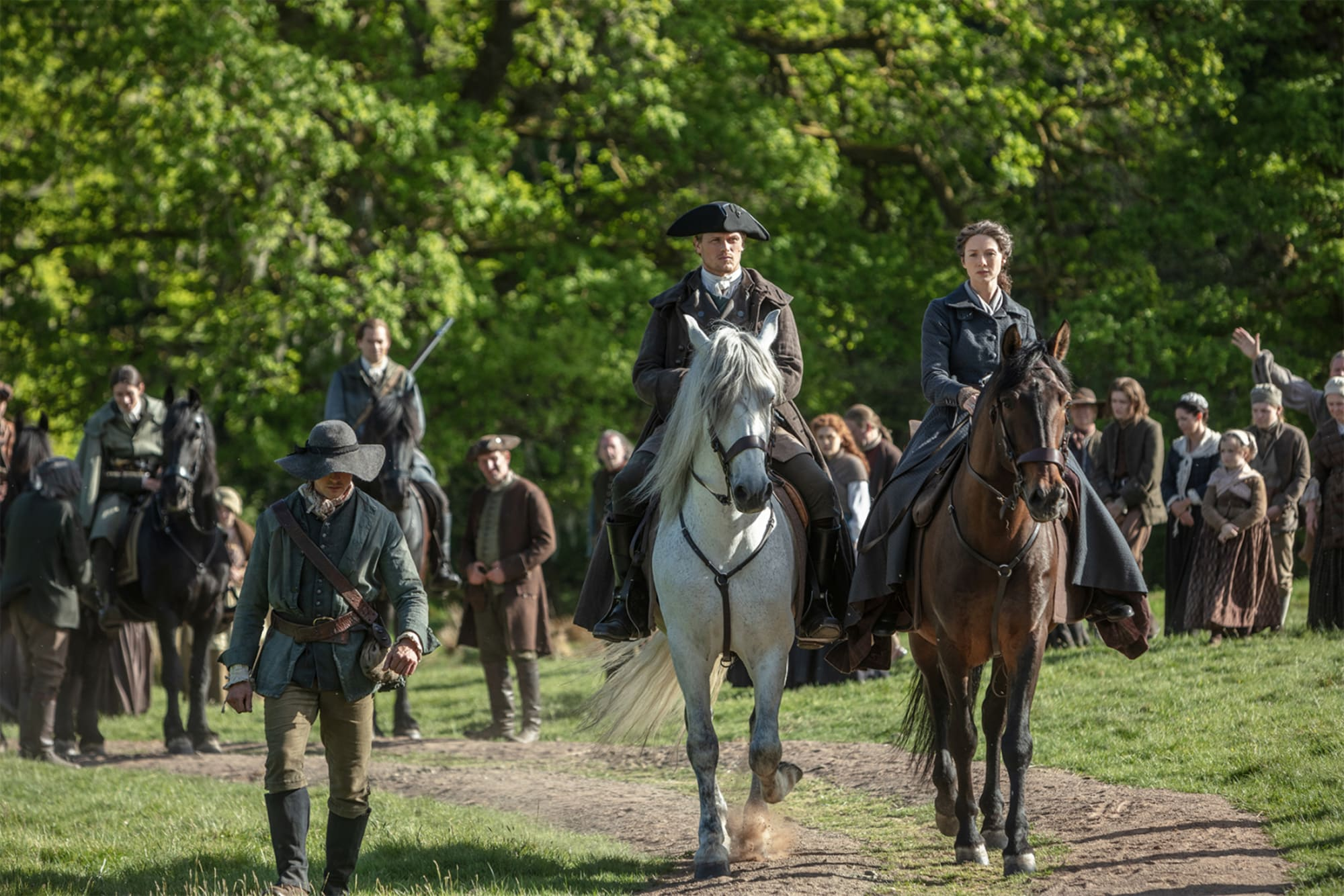 Please stop worrying about Outlander actors having other projects