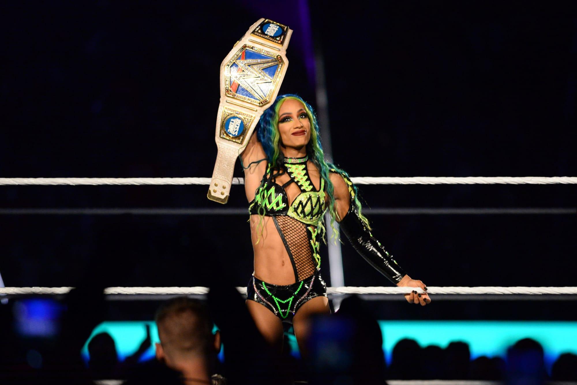 WWE SmackDown Results: Sasha Banks Returns, Cena vs. Reigns Official