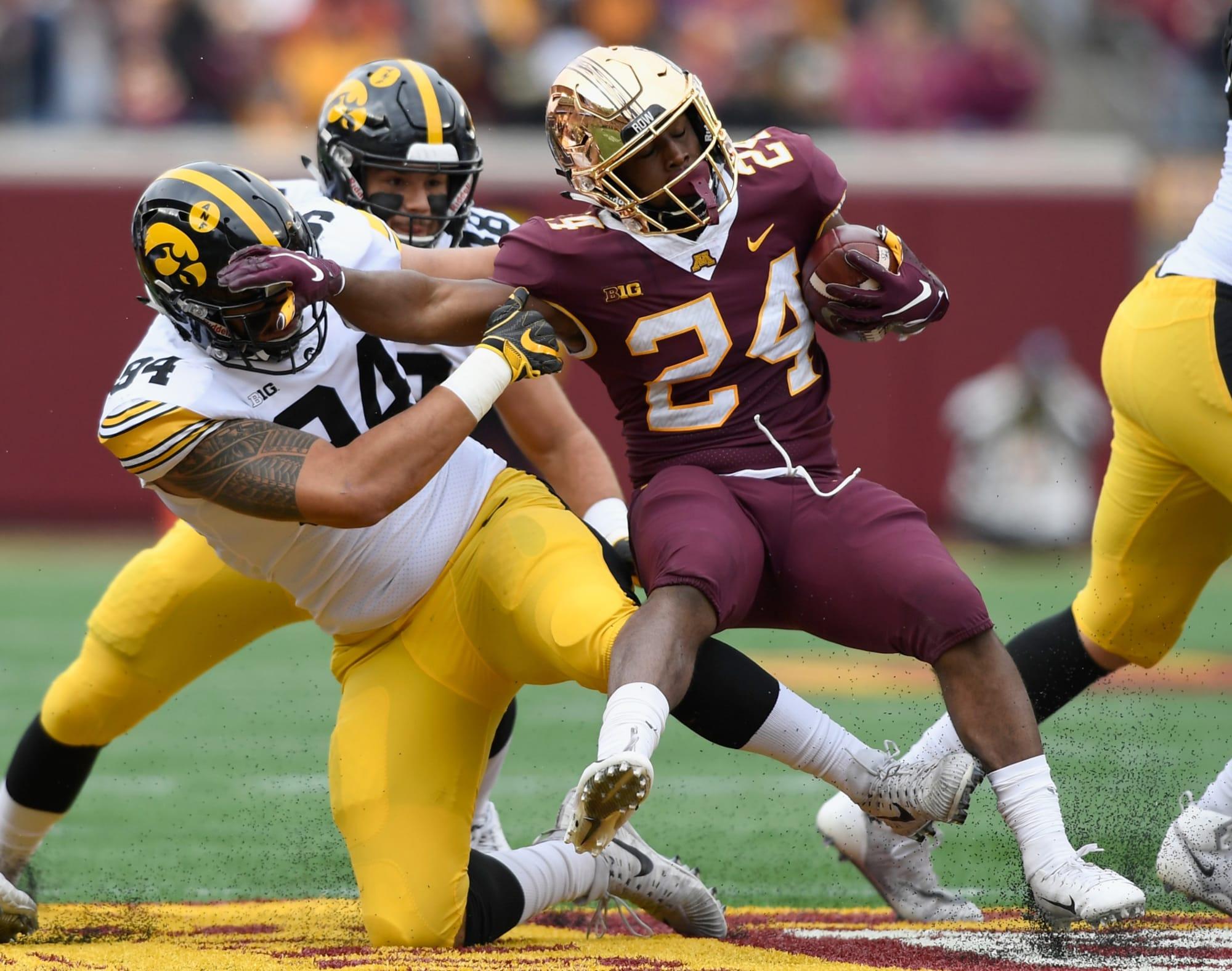 Iowa football: AJ Epenesa sack still impacting the ...