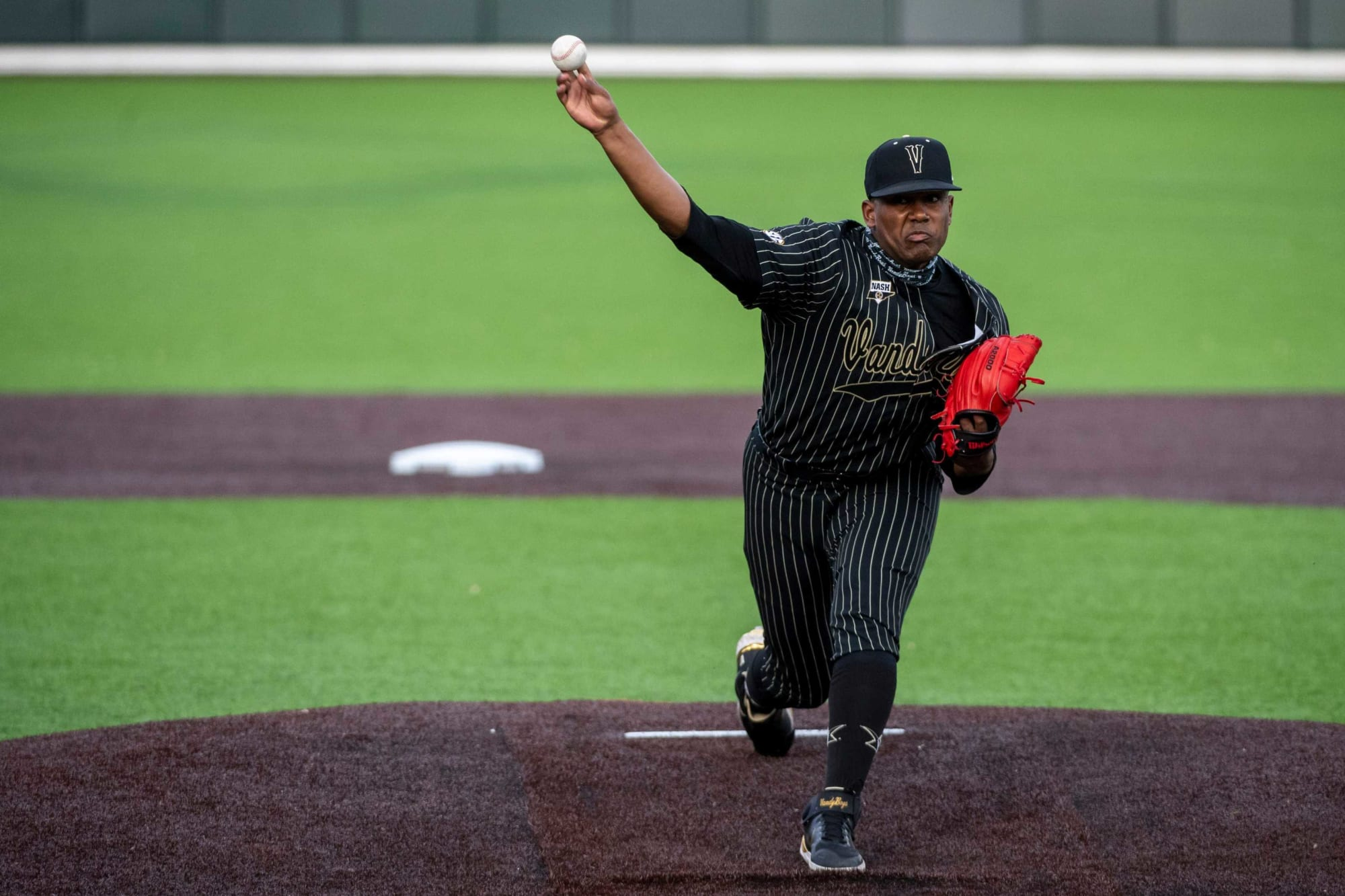 Detroit Tigers: Selecting one of the Vanderbilt pitchers is the goal