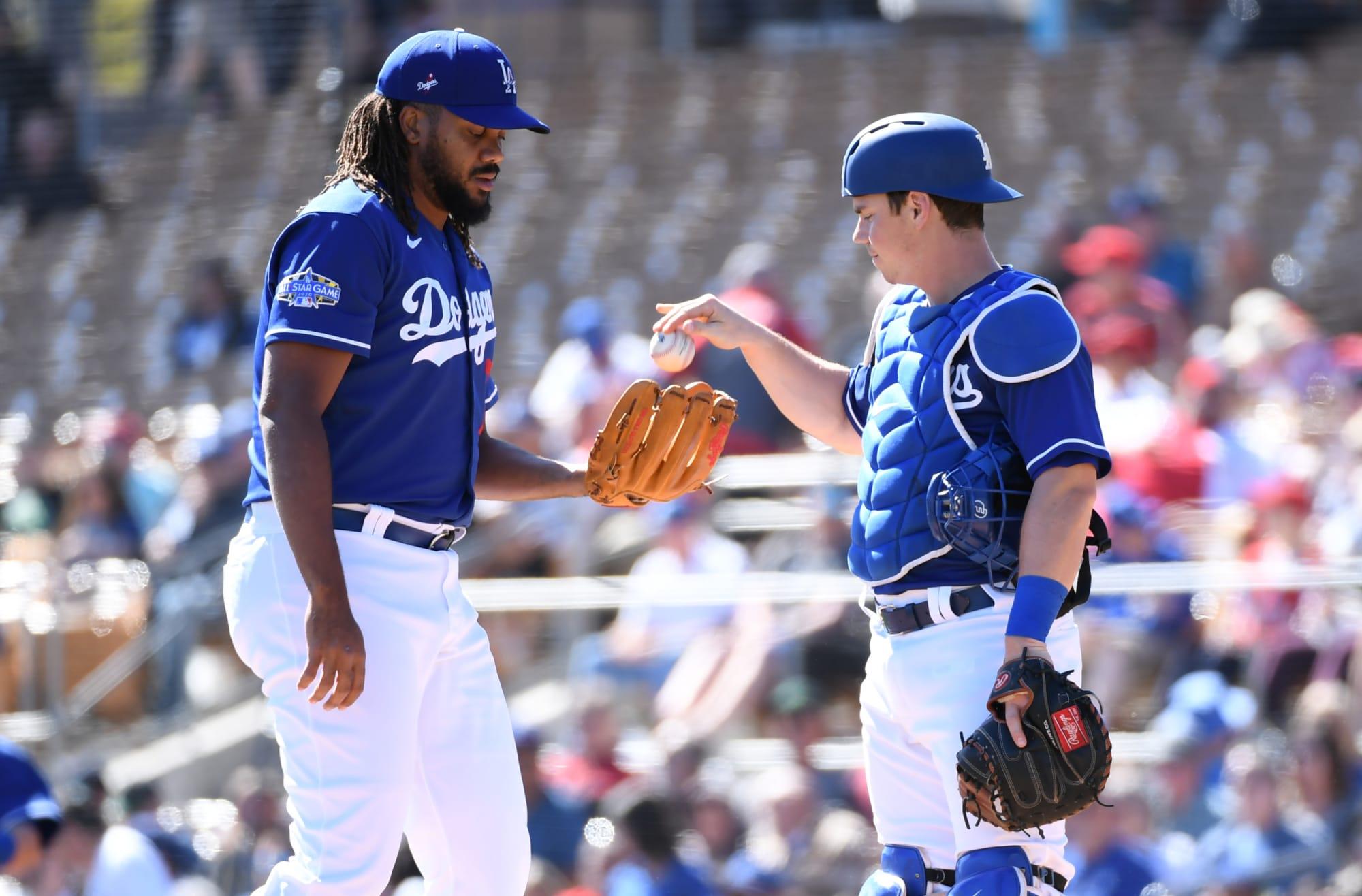 Dodgers Briefing: Several players missing, Muncy hurt, Kershaw gets opener