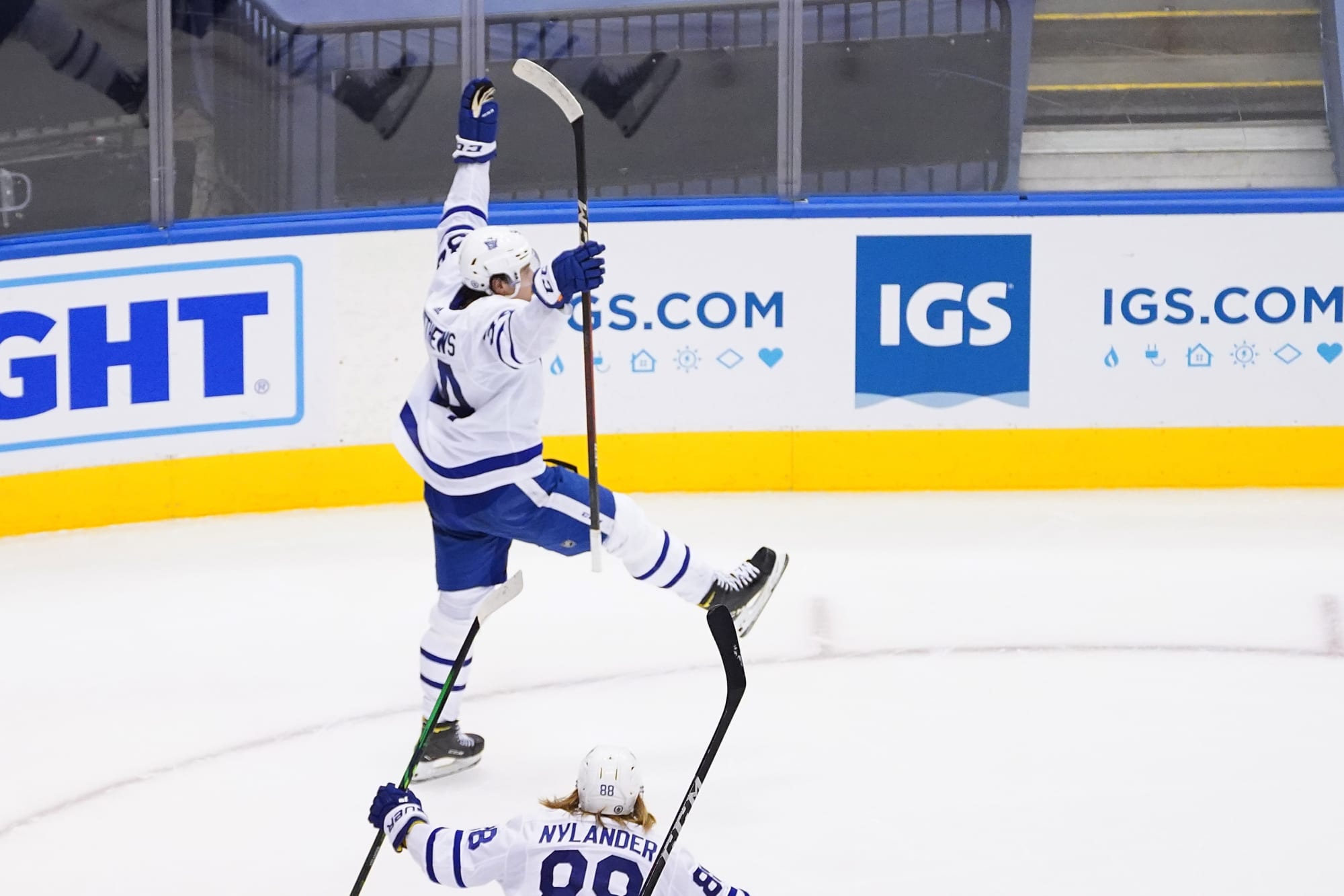 Toronto Maple Leafs: Auston Matthews Is Like Mario Lemieux