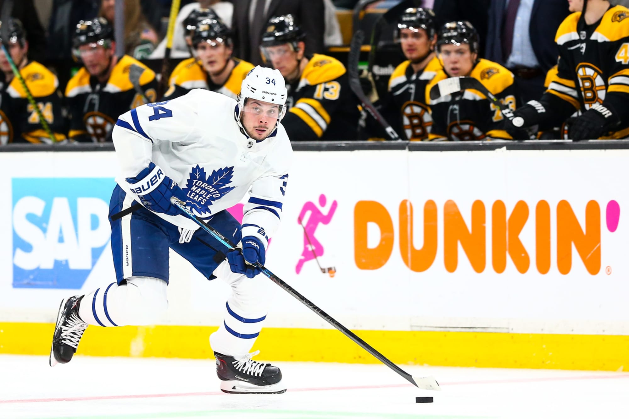 Toronto Maple Leafs: The Big Bad Boston Bruins Aren't That Scary