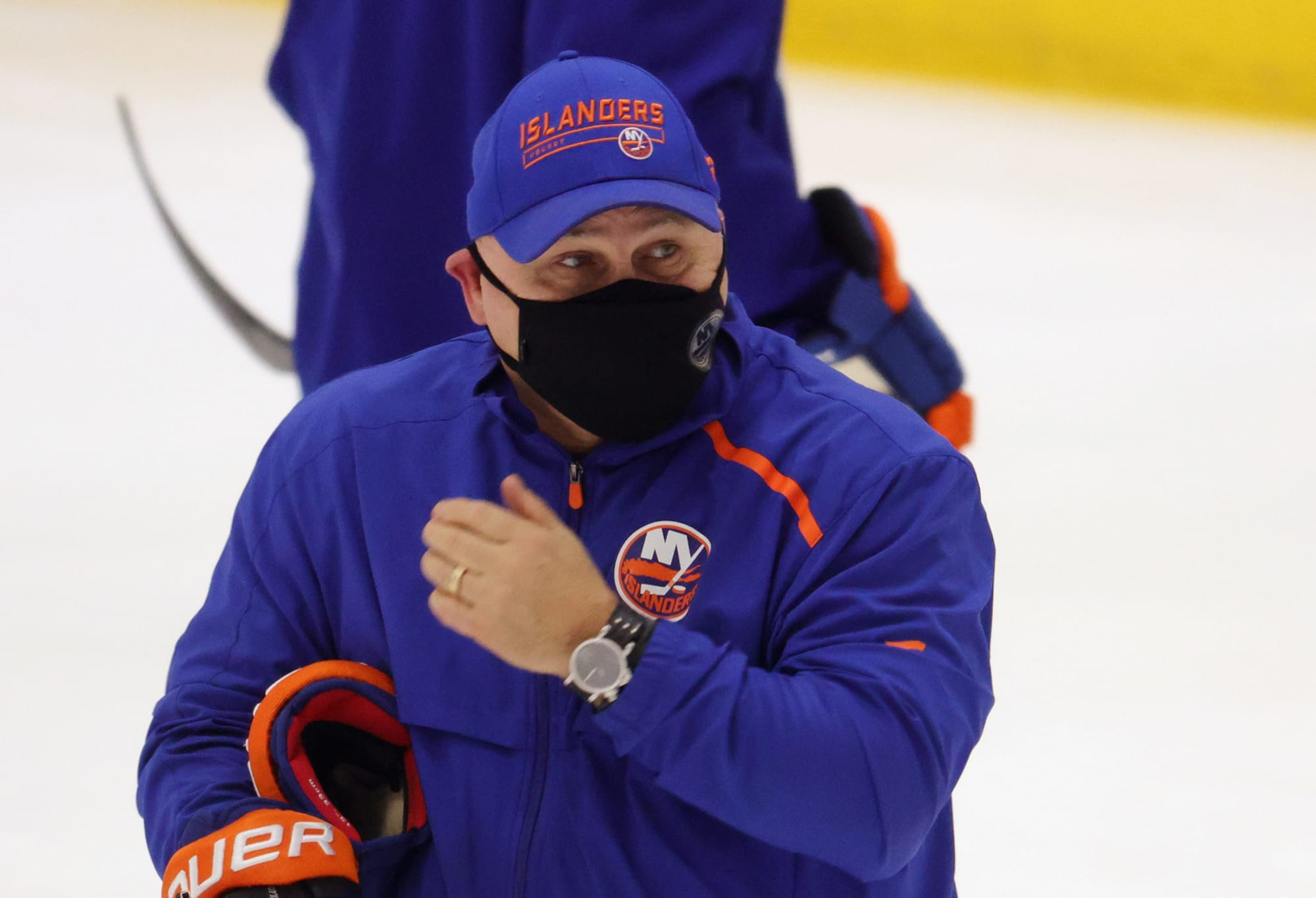 Islanders Barry Trotz 'pissed off' with his lineup