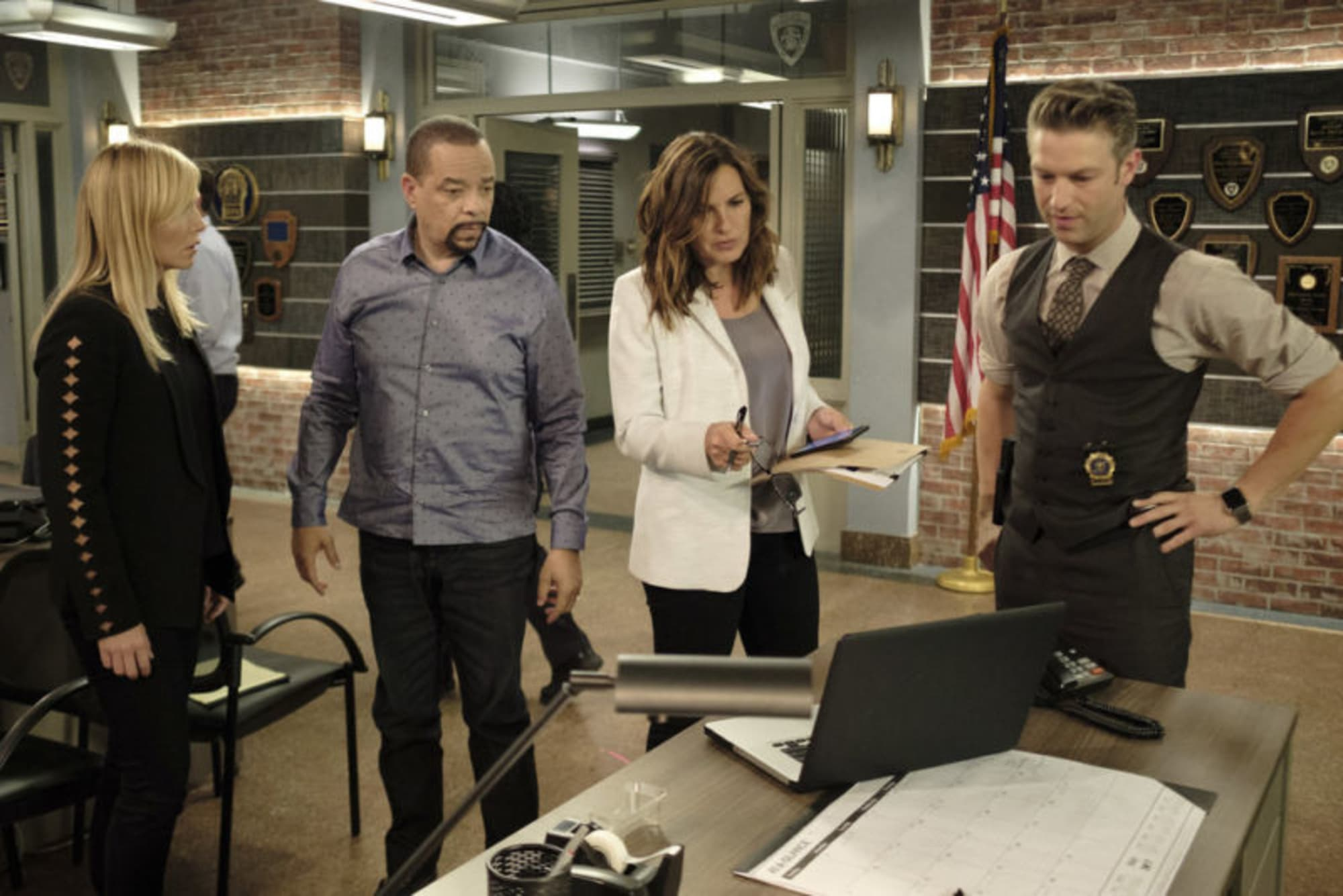Law And Order Svu Live Stream Watch Season 19 Episode 3 Online
