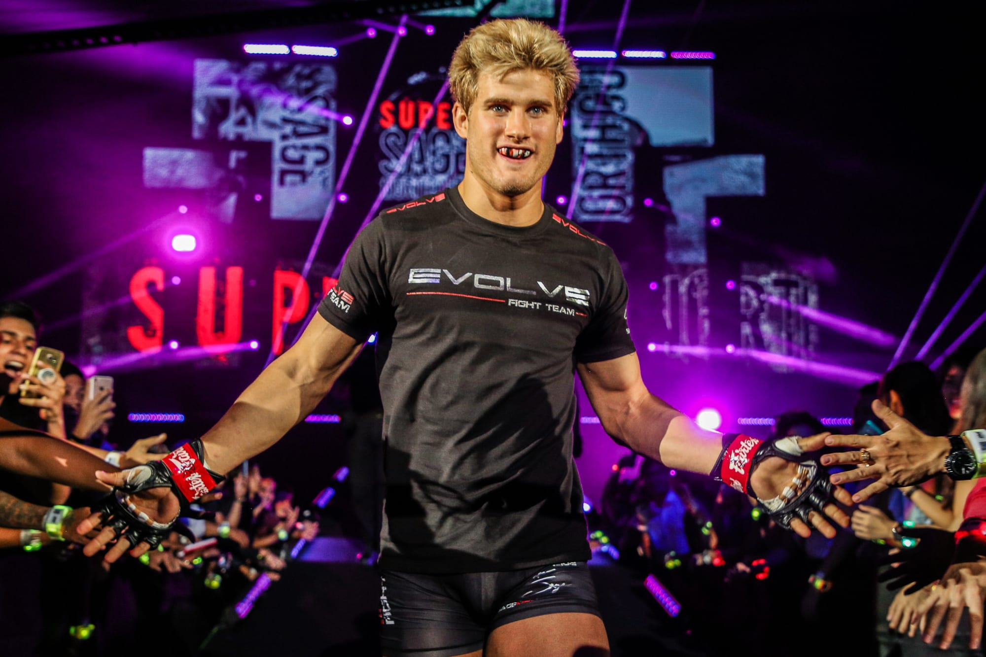 Sage Northcutt's muscles are out of control in latest Instagram photo