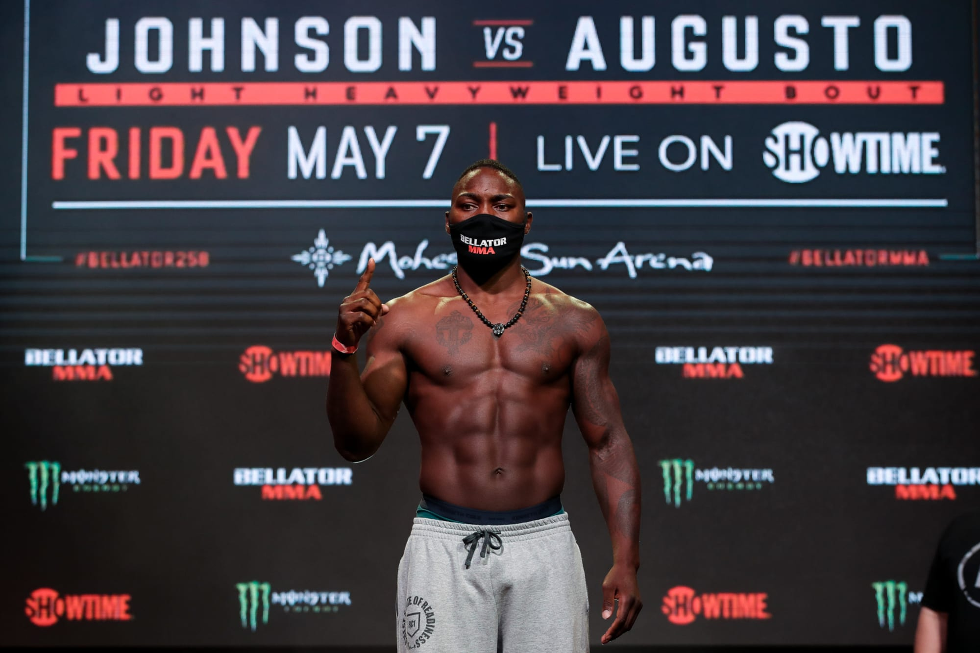 Bellator 258: Anthony Johnson comes from behind to KO Jose Augusto out cold (Video)