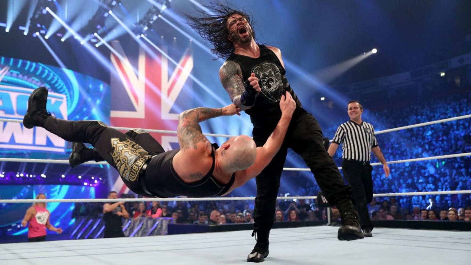 WWE SmackDown: Roman Reigns and Jey Uso win main event