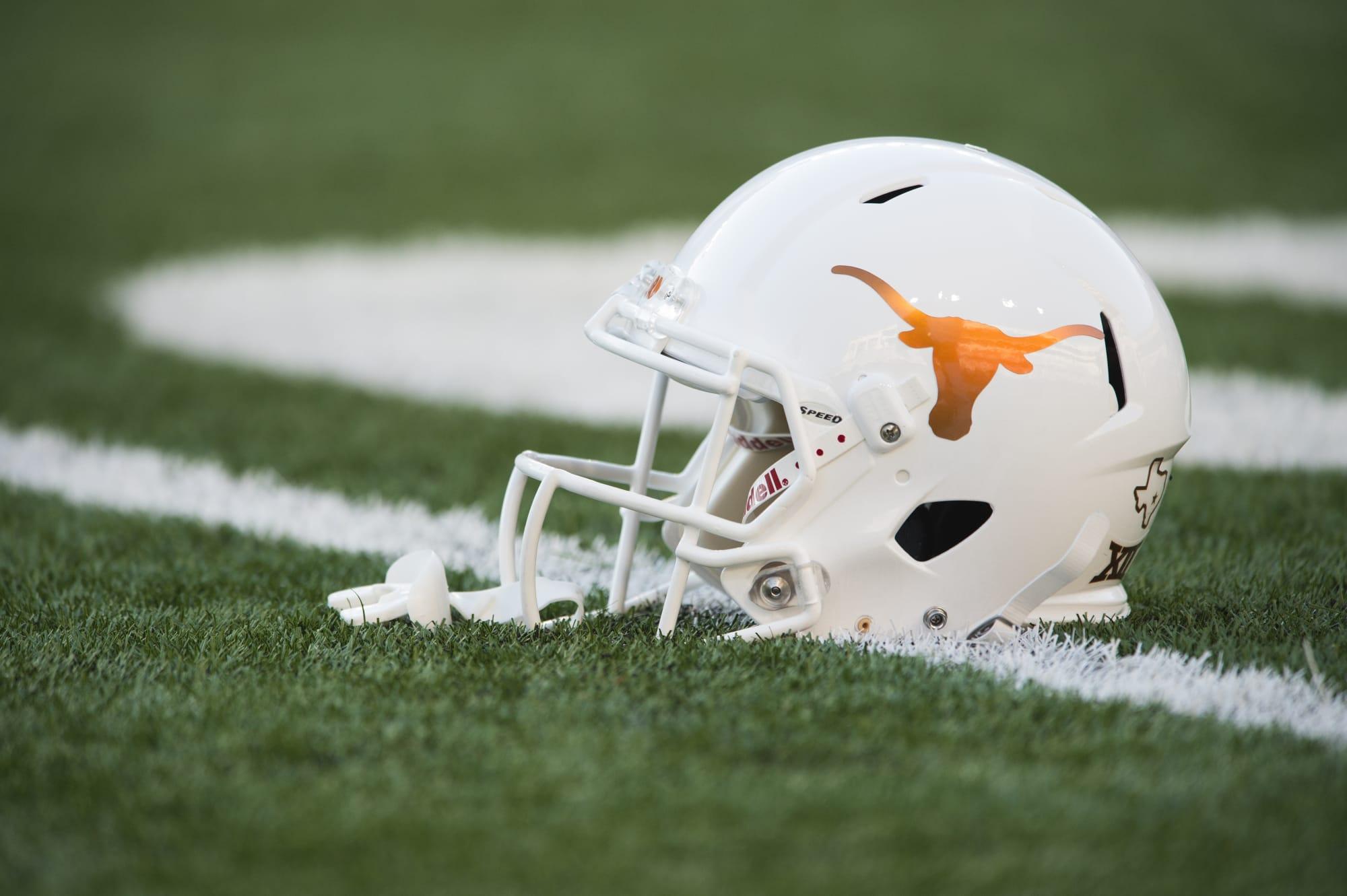 Texas commit Quinn Ewers throw ...