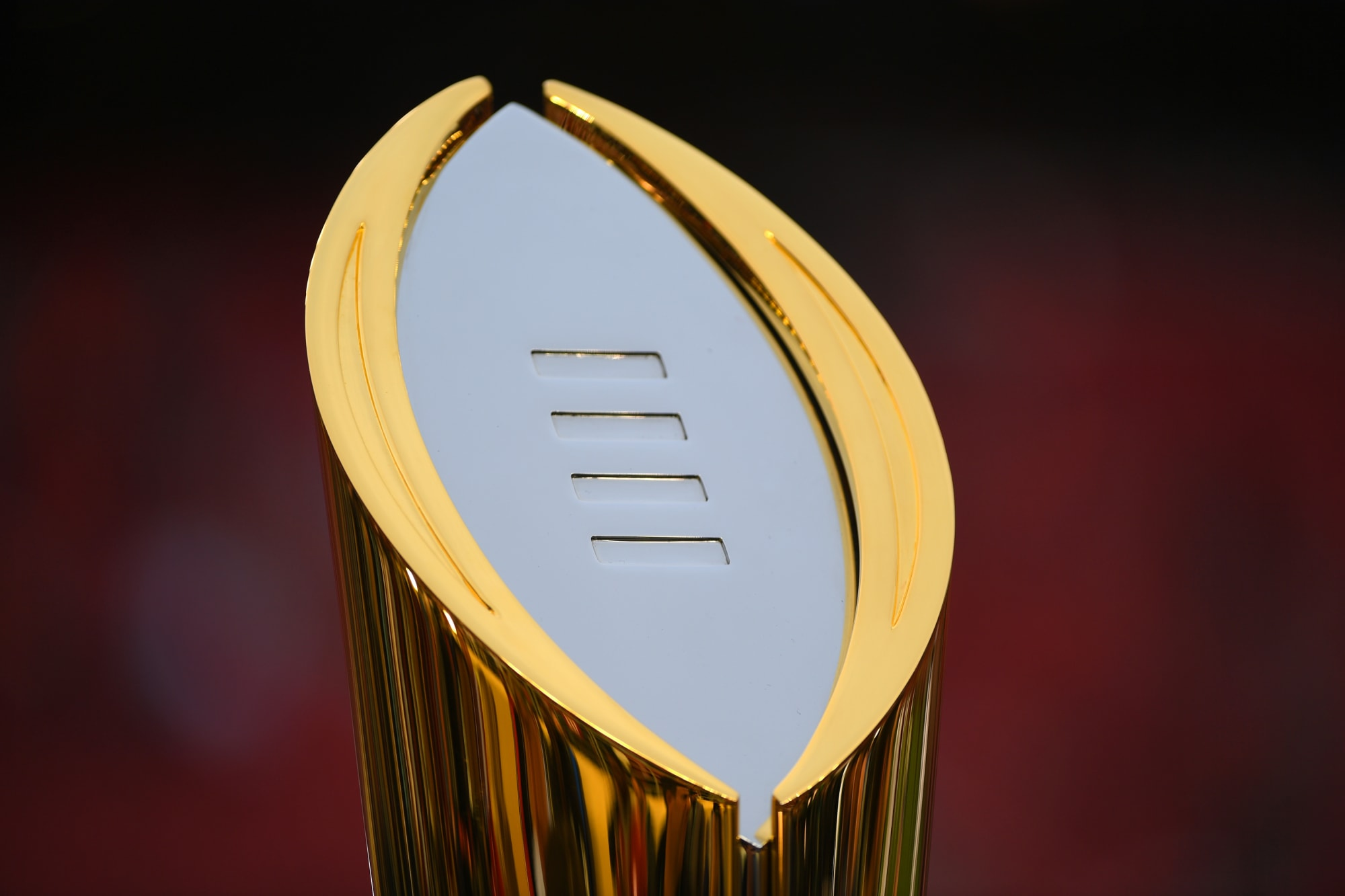 College Football Playoff: How would an 8-team playoff pan out?