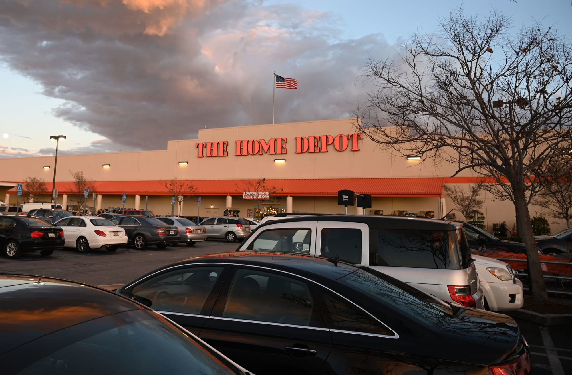 Is Home Depot Open On Christmas Eve 2019