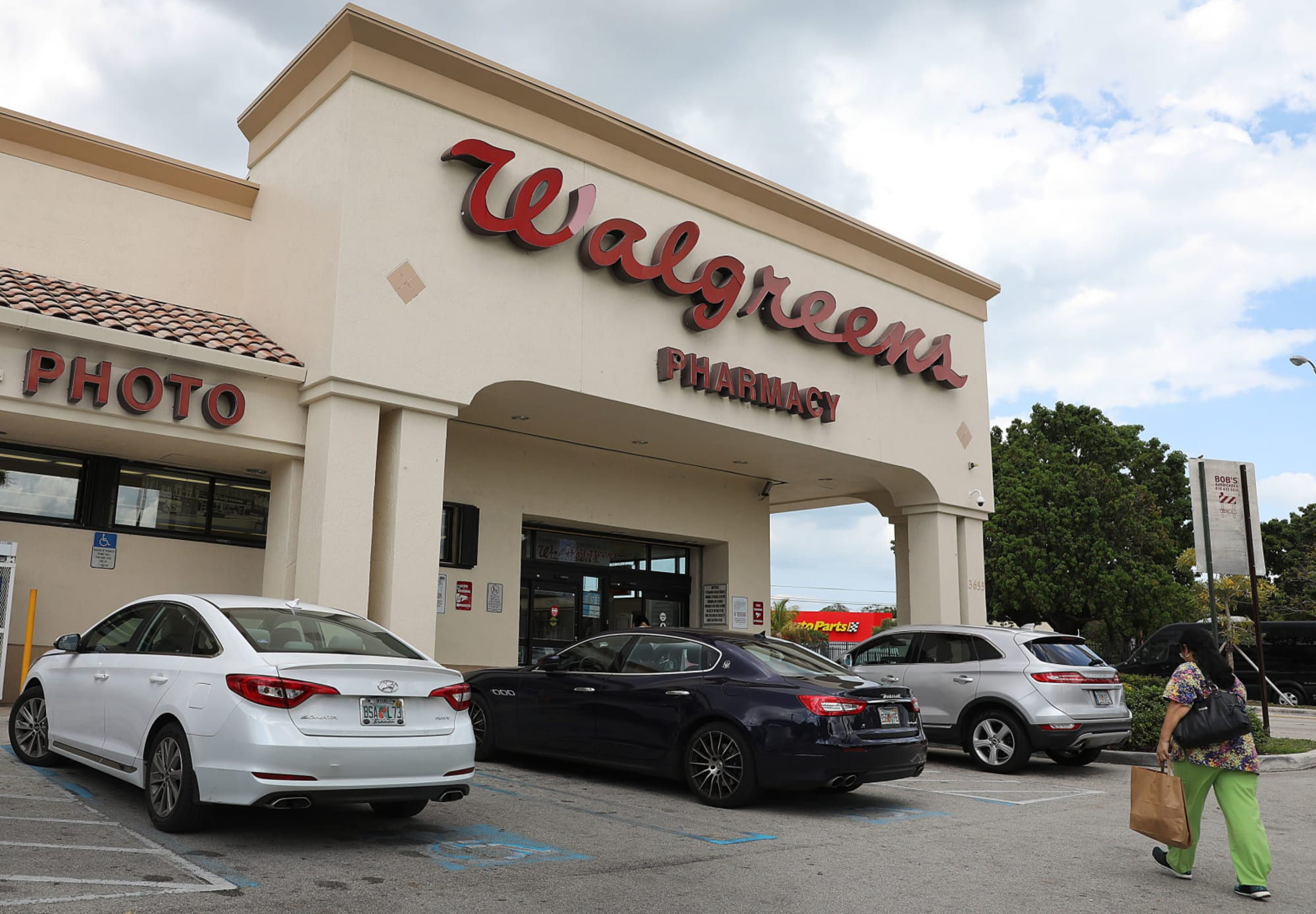 Is Walgreens Open On Christmas Day 2021 Christmas Store Hours 2020 Is Walgreens Open